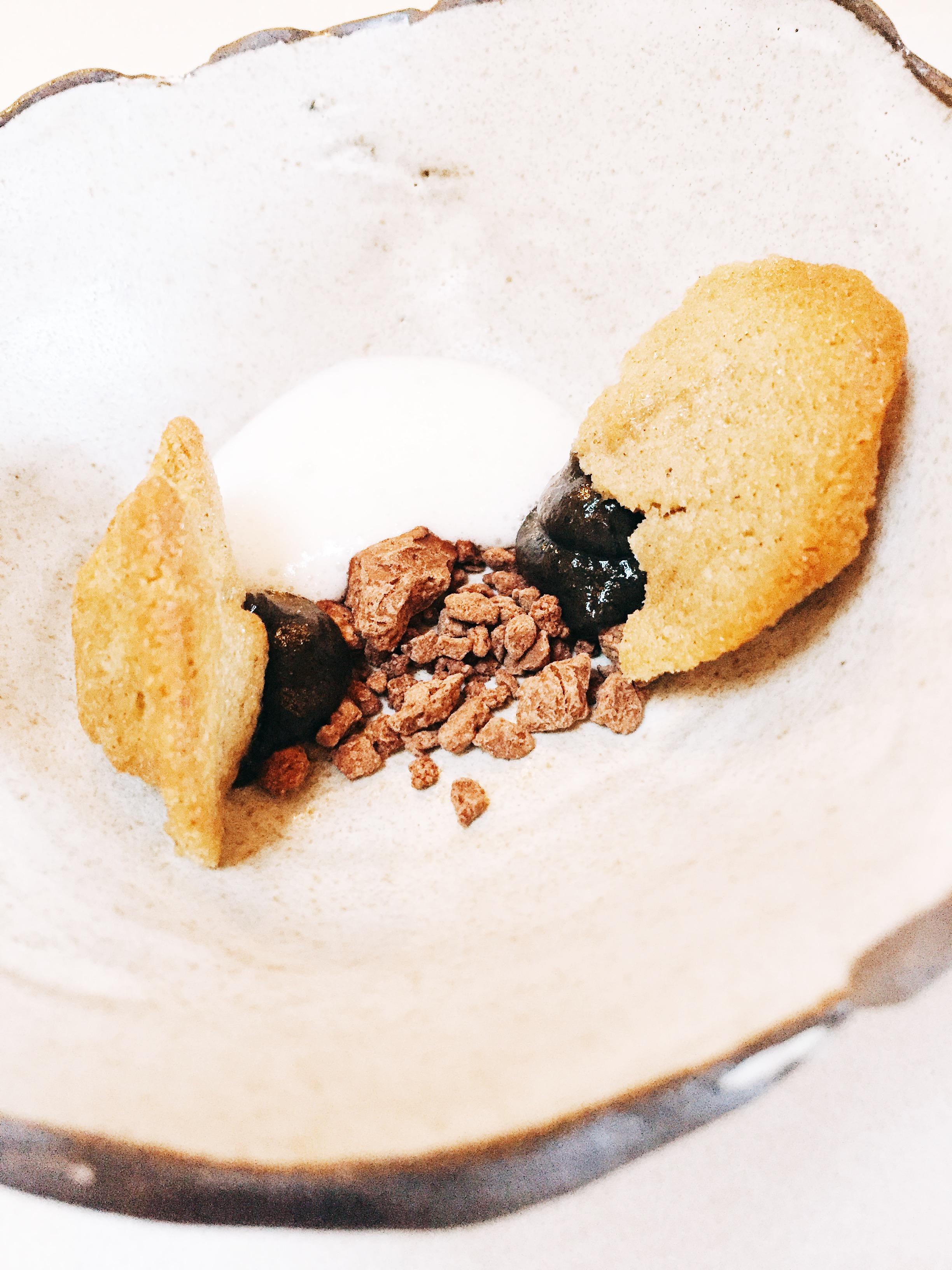 sunchoke and cardamom cake with cacao