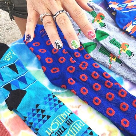 yems nails.png