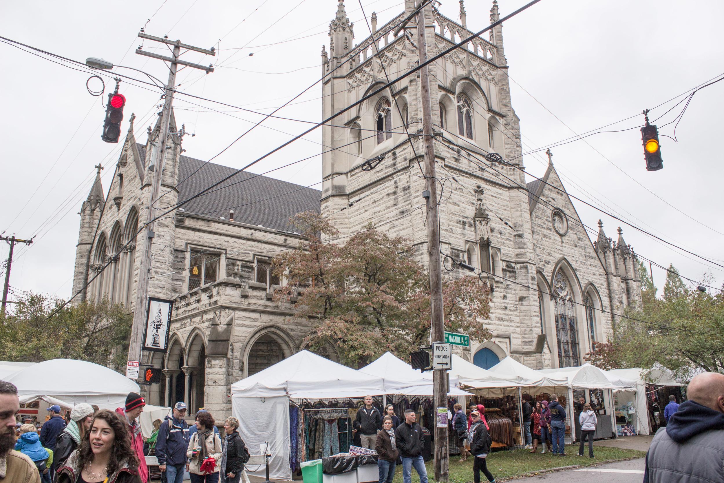St. James Court Art Festival, the largest art festival in Kentucky!