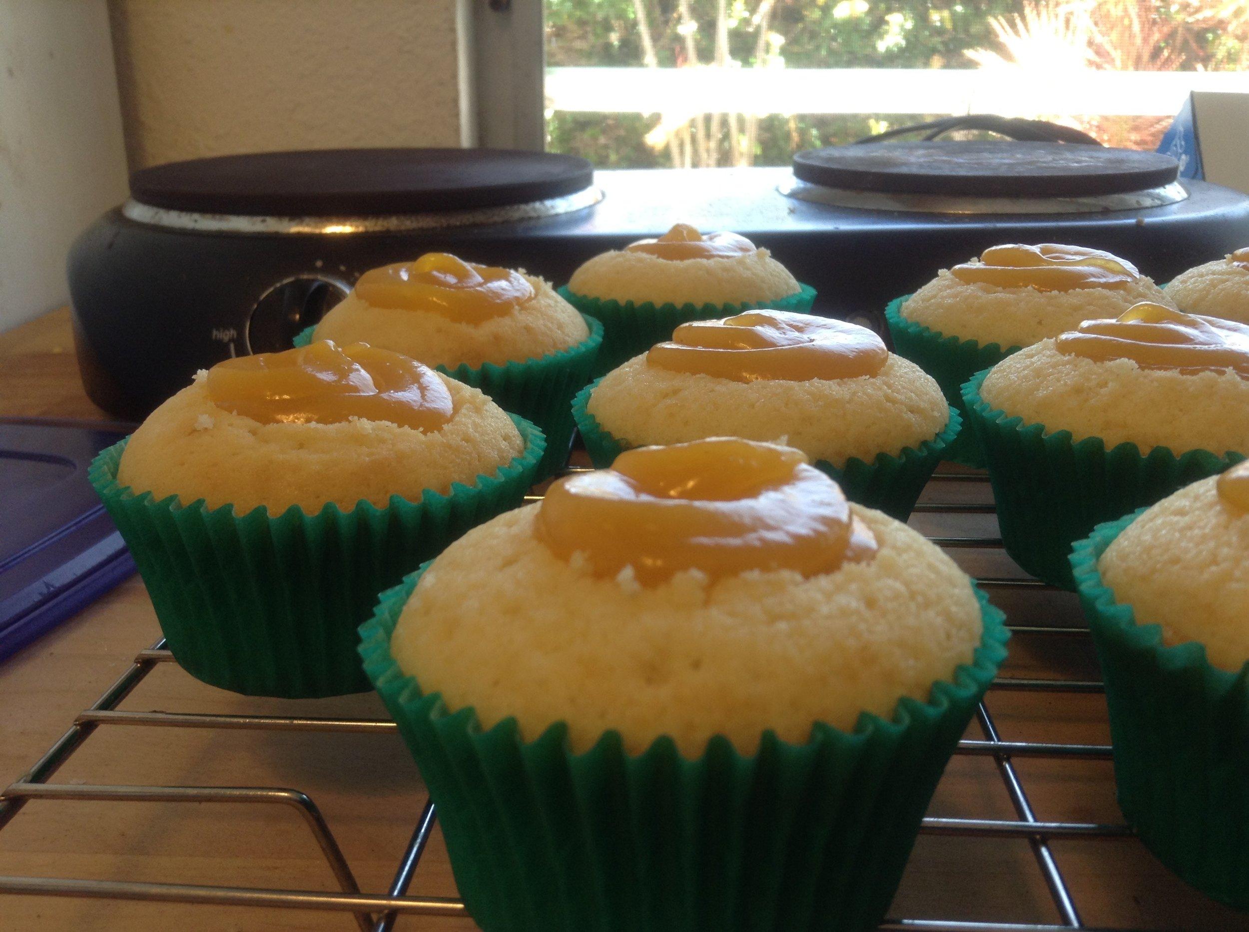 Vanilla cupcakes with lilikoi butter