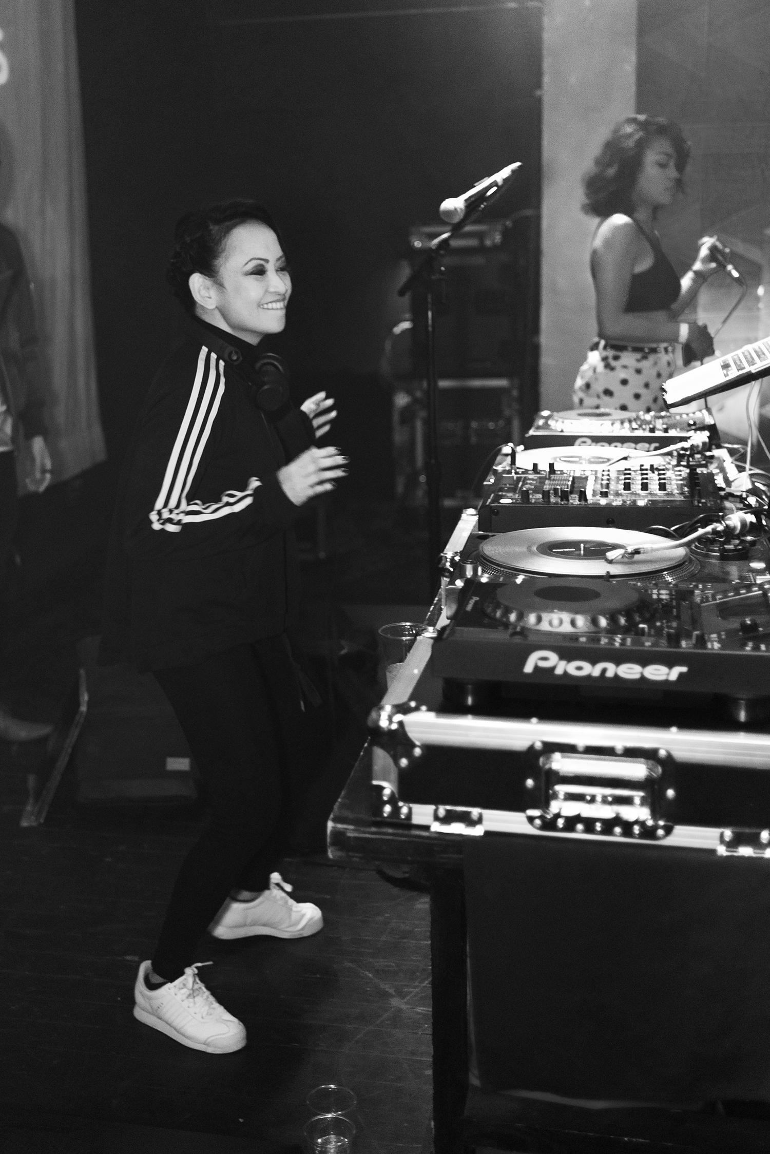 DJ Kronika
