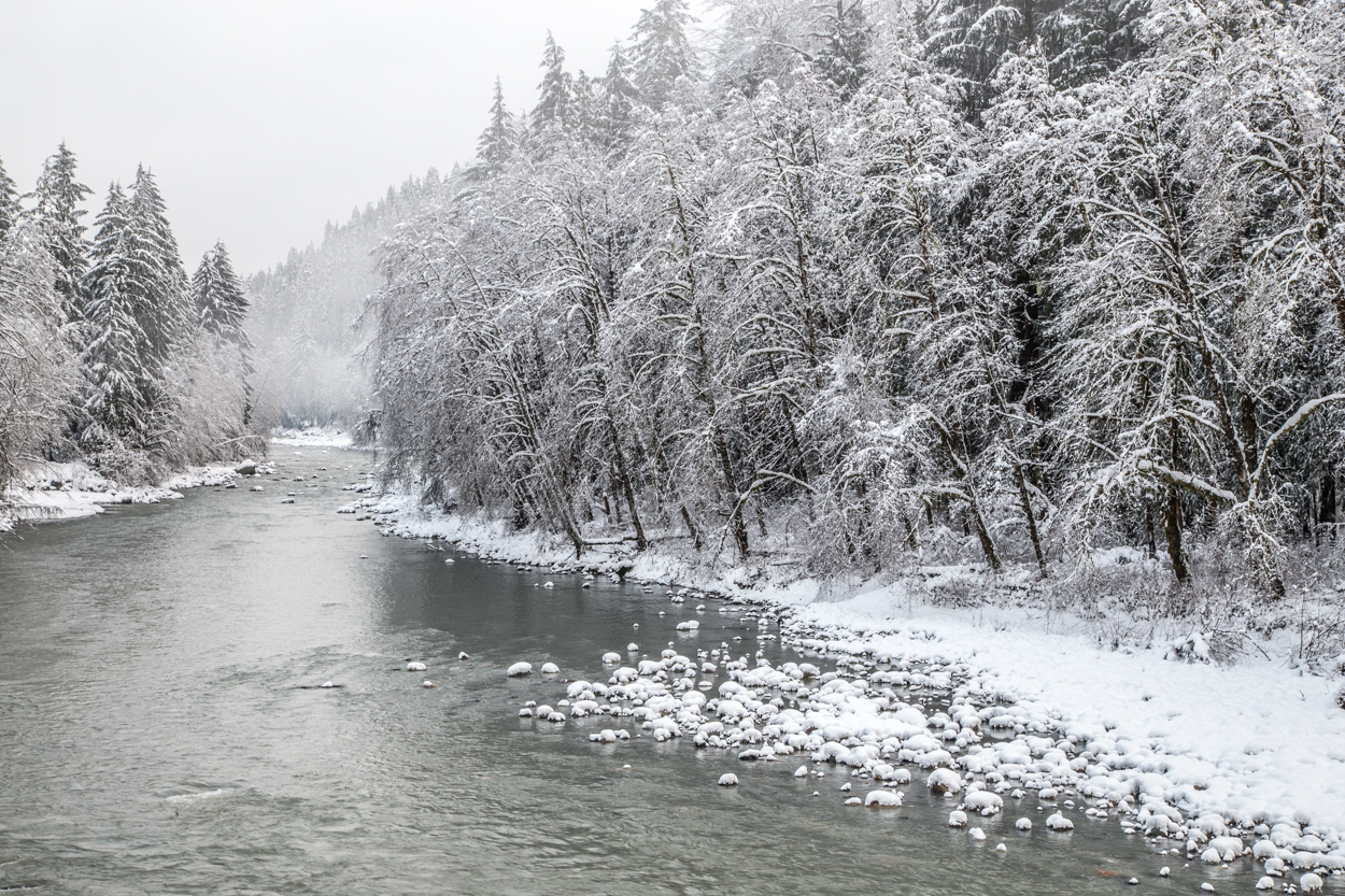 Snow on the Stillaguamish