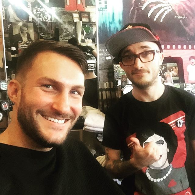 """Getting my hair did by Kyle K, Aka """"Bugs"""" at Floyds. Sorry @adambuzzini I'm breaking up with you. This long distance thing isn't working 😂😂😂"""