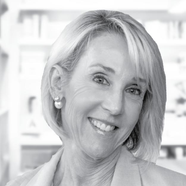 Kim Fishman / Business Manager