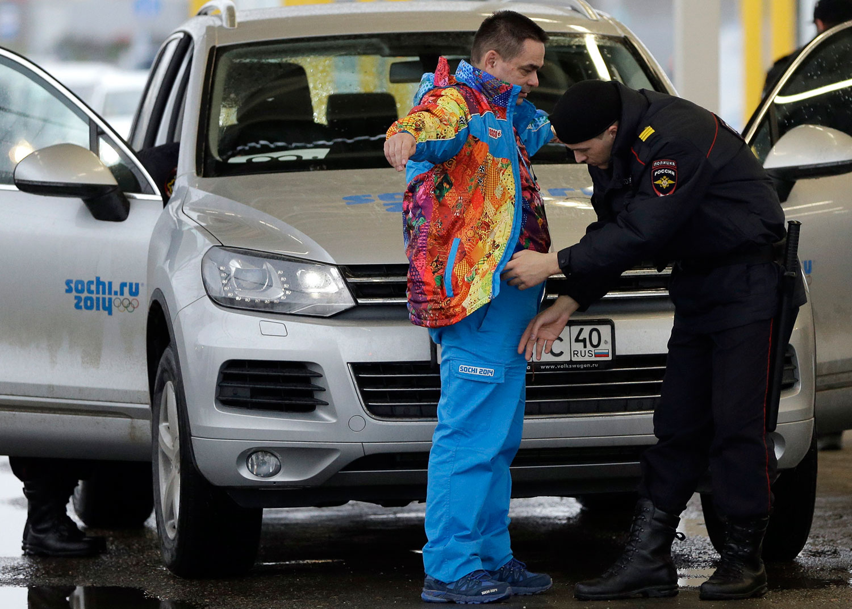 police_sochi_russian_1500w.jpg