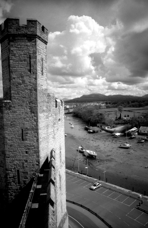 untitled #16 [caernarfon castle, caernarfon, gwynedd, wales, 2001]