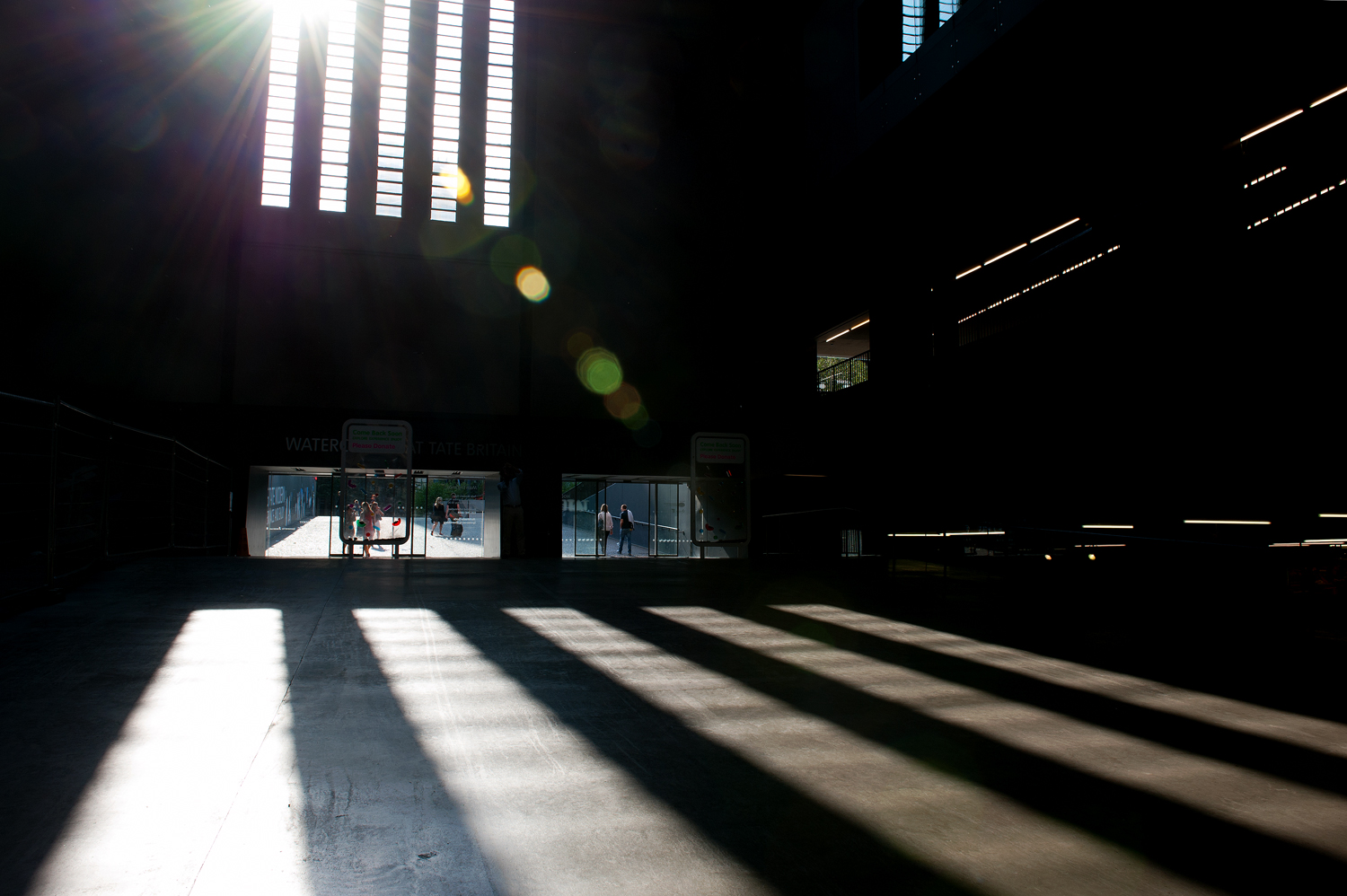 untitled #89 [tate modern, bankside, london, england, 2011]
