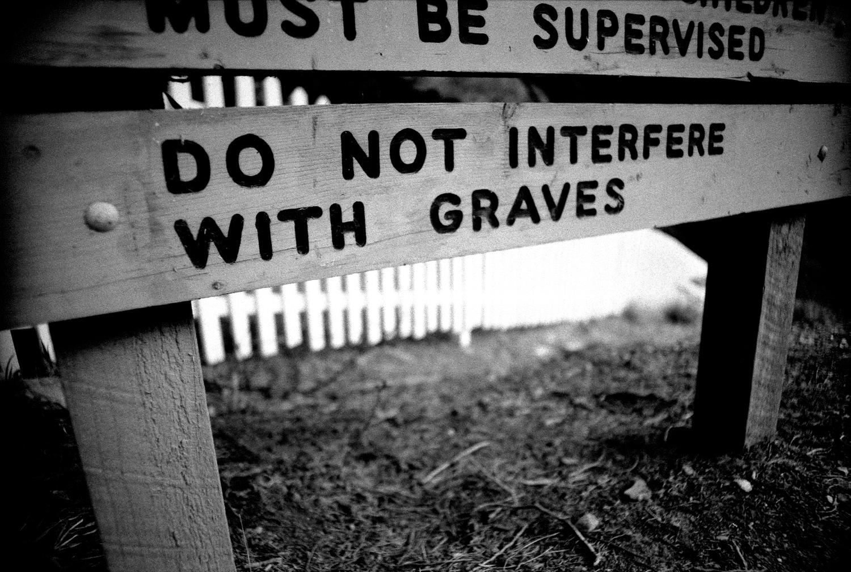 do not interfere with graves  [walhalla public cemetery, walhalla, victoria, australia, 2005]