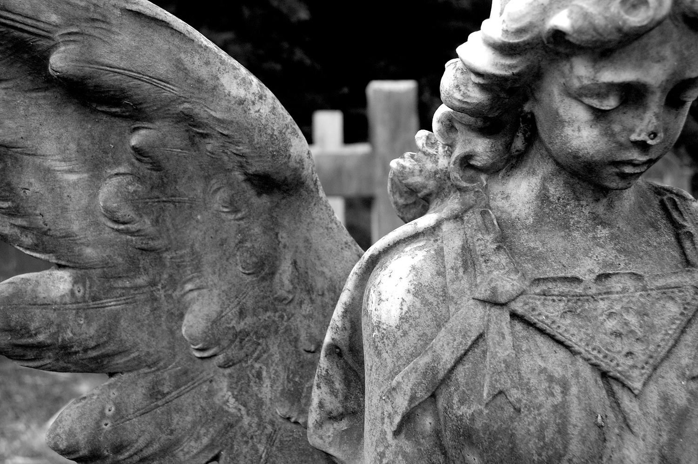 untitled #139  [hong kong protestant cemetery, happy valley, hong kong, 2006]
