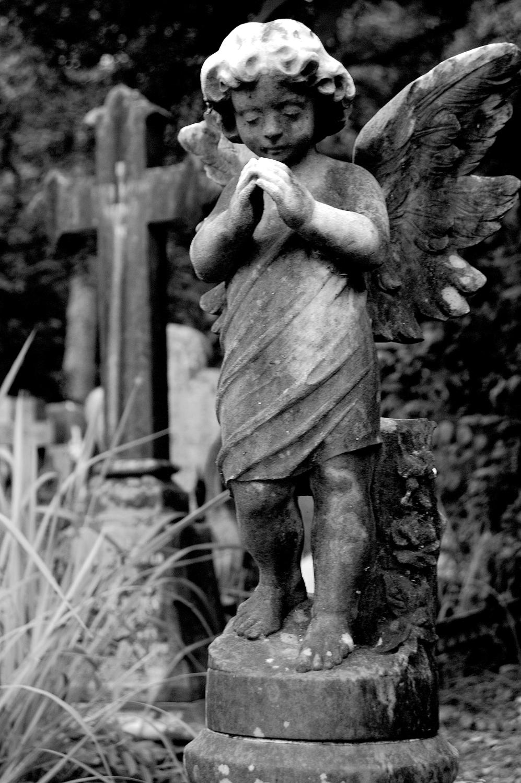 untitled #180  [hong kong protestant cemetery, happy valley, hong kong, 2006]