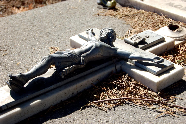 untitled #13  [melbourne general cemetery, parkville, victoria, australia, 2005]
