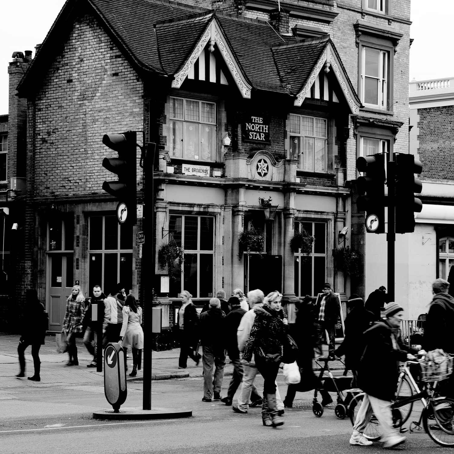 untitled #16 [the north star, ealing, london, england, 2011]