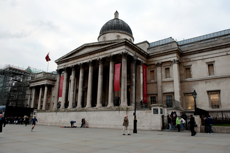 untitled #131 [the national gallery, trafalgar square, london, england, 2011]