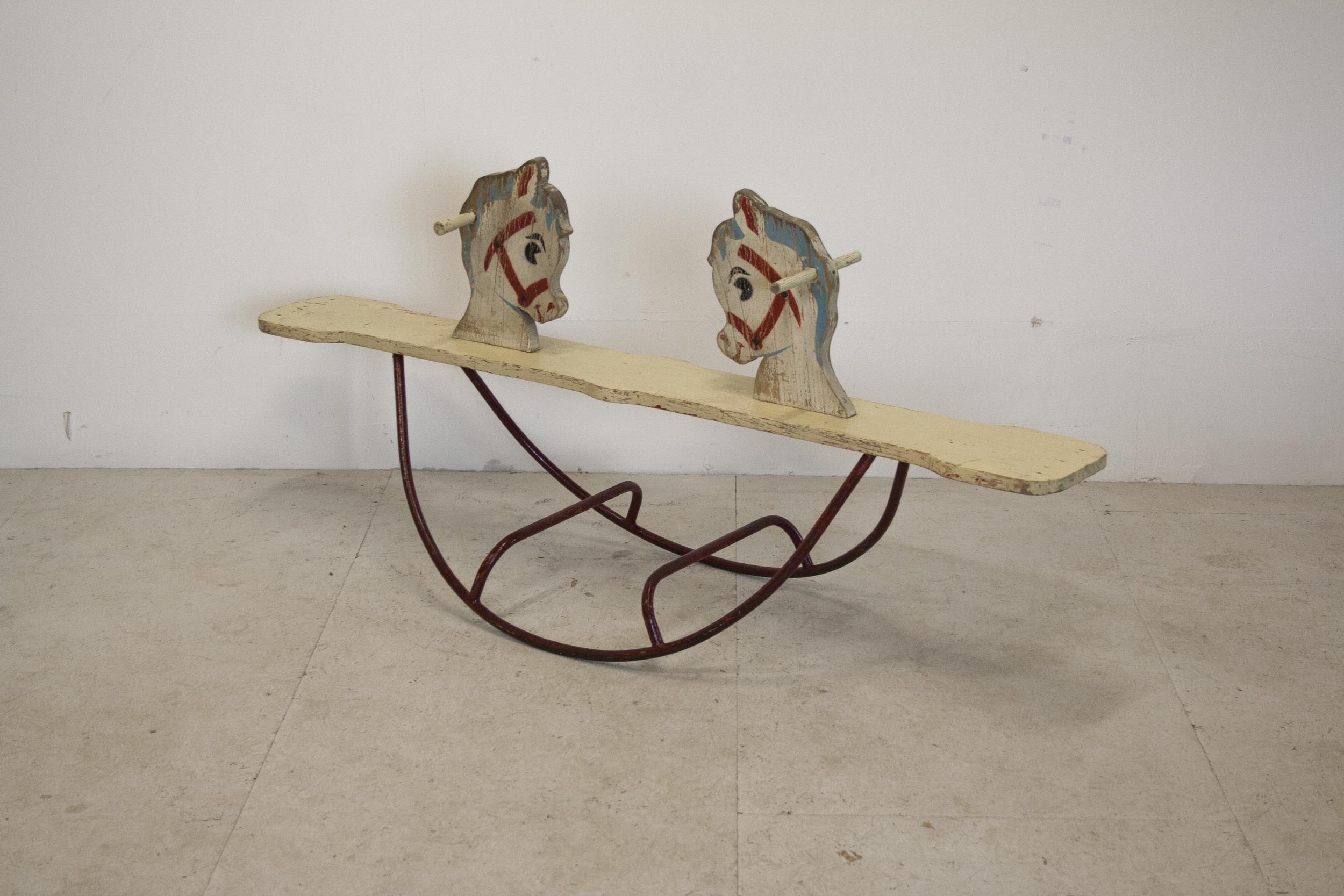 Vintage schommelpaard 1.jpg