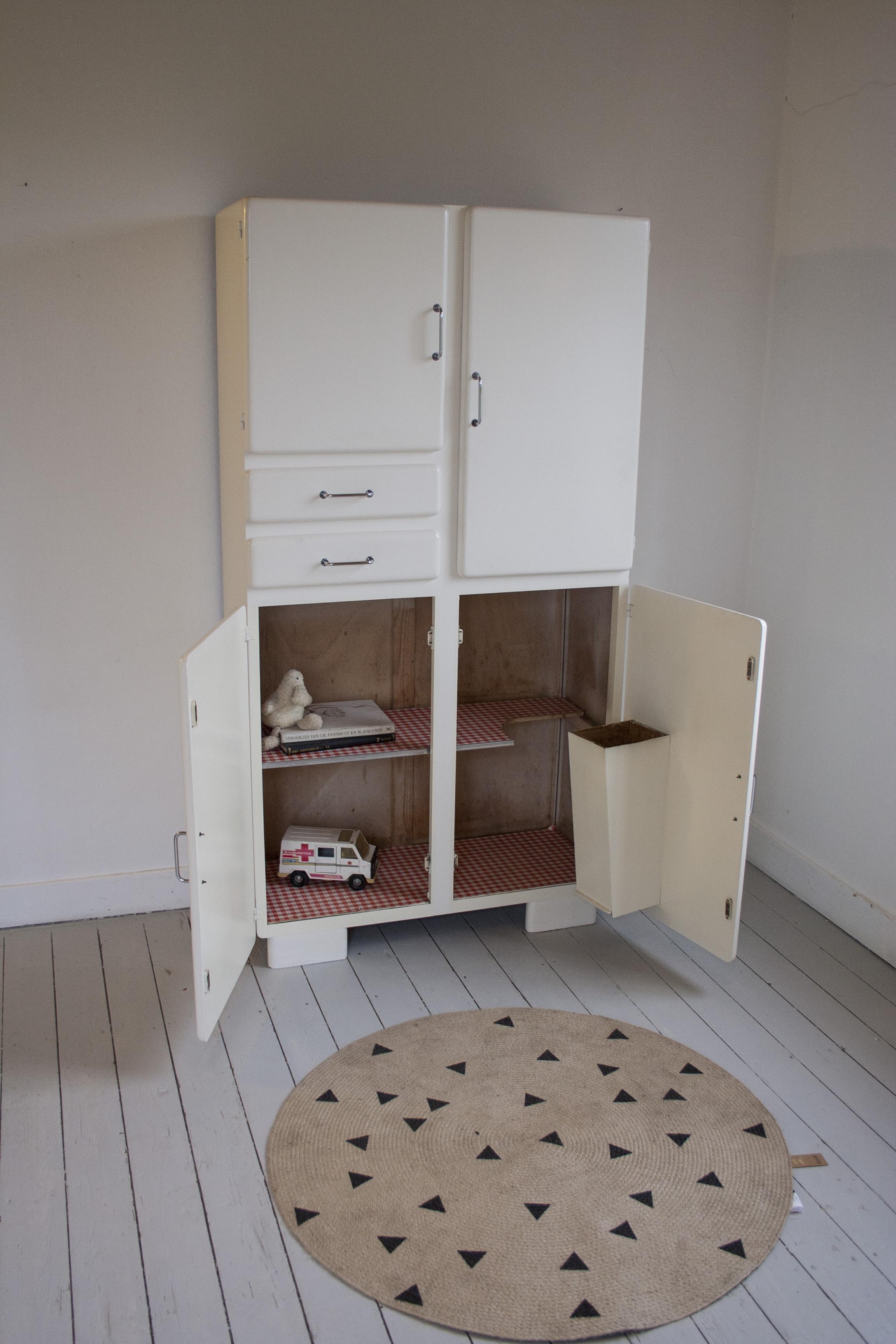 Witte vintage keukenkast 3.jpg