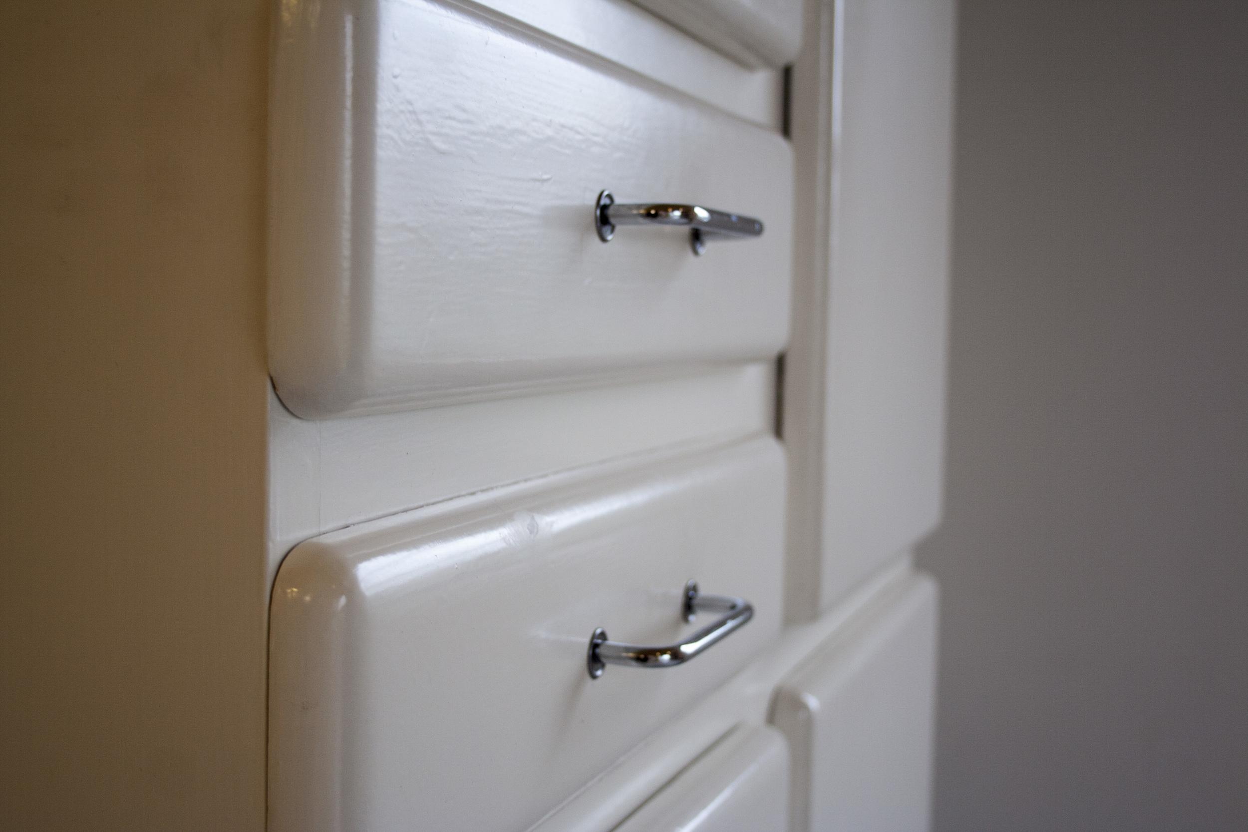 Witte vintage keukenkast 6.jpg