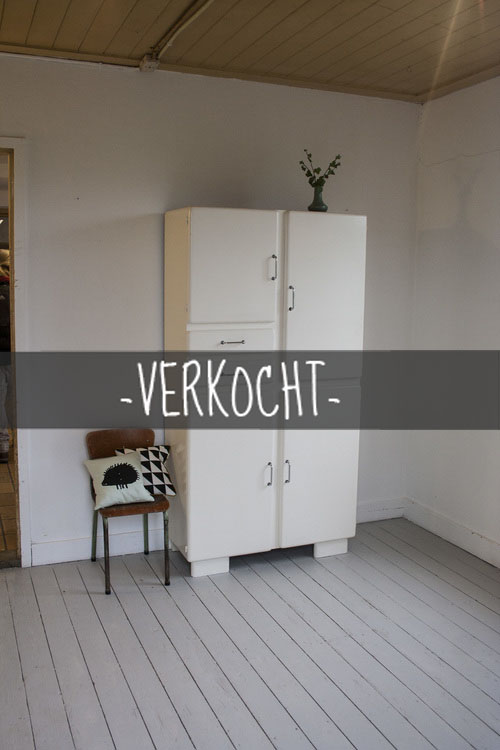 Witte+vintage+keukenkast+1kopie.jpg