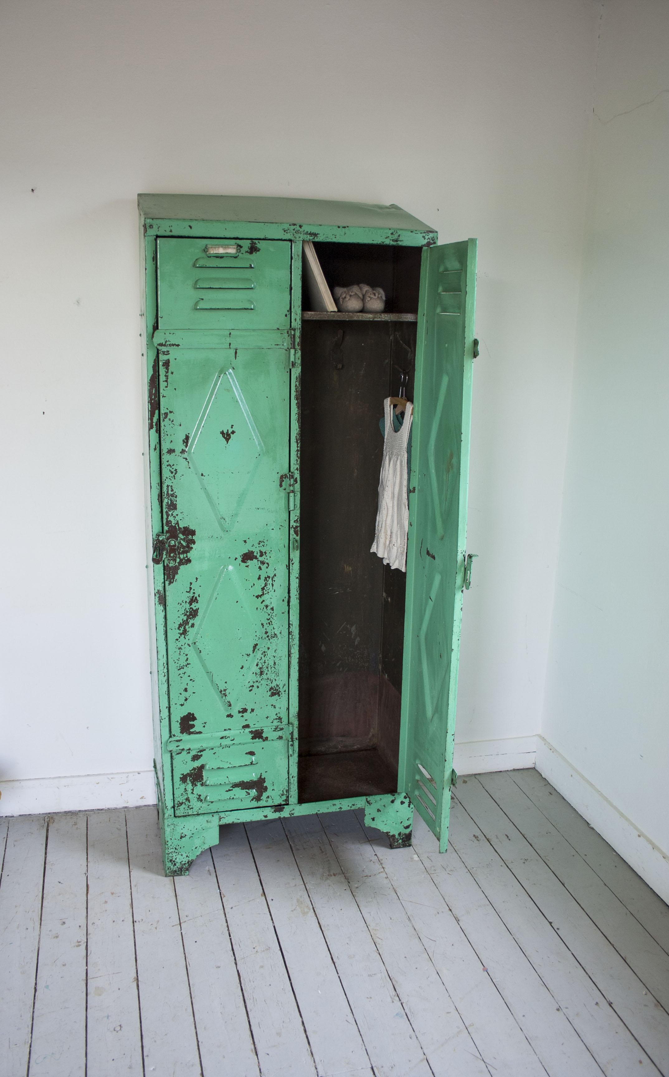 mintgroene locker 2 deuren_2.jpg