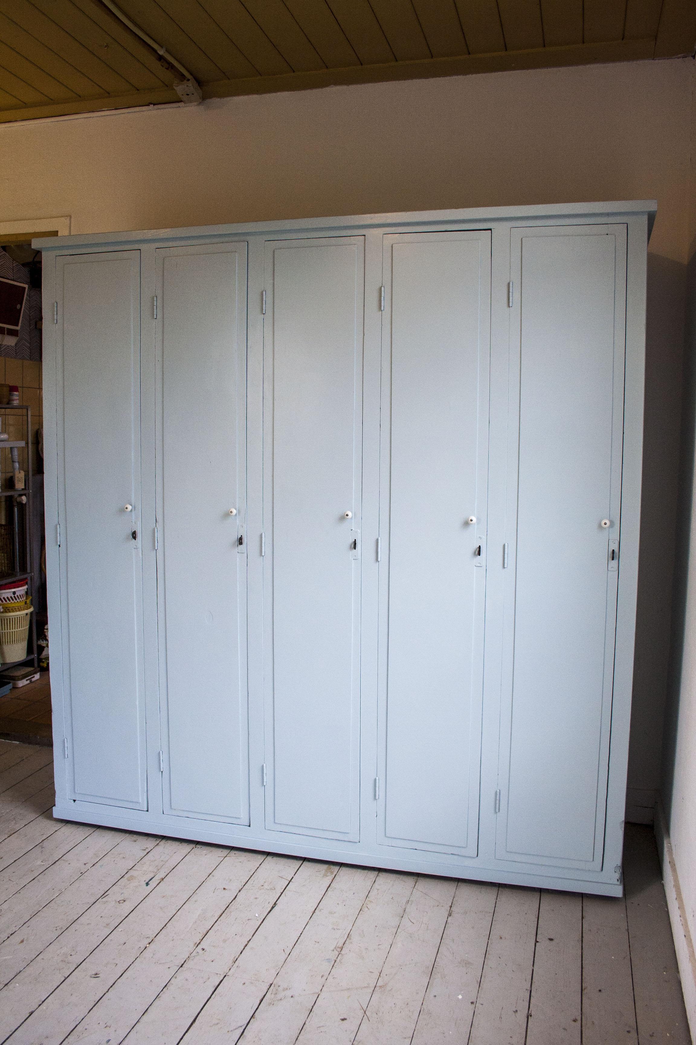 5-deurs houten locker_4.jpg