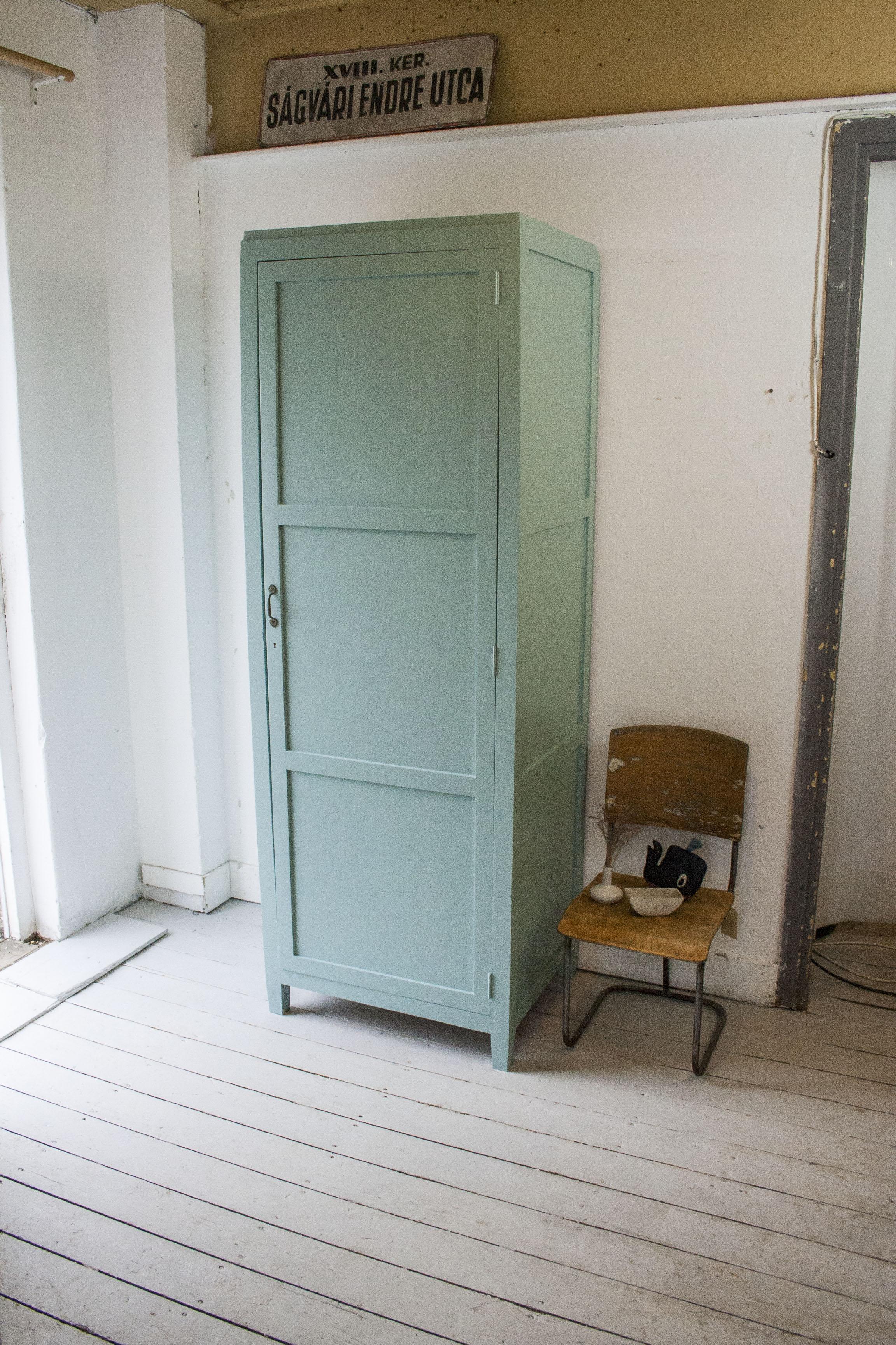 Dix blue kloosterkast.jpg