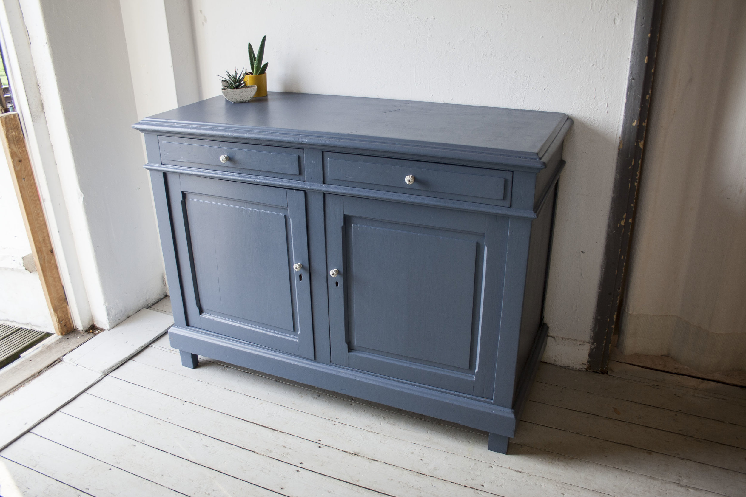 Denim blauwe commode - Firma Zoethout_1.jpg