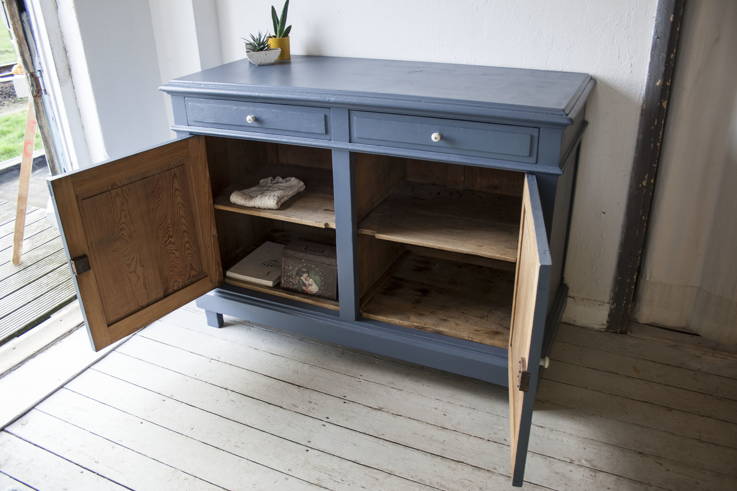 Denim blauwe commode - Firma Zoethout_3.jpg