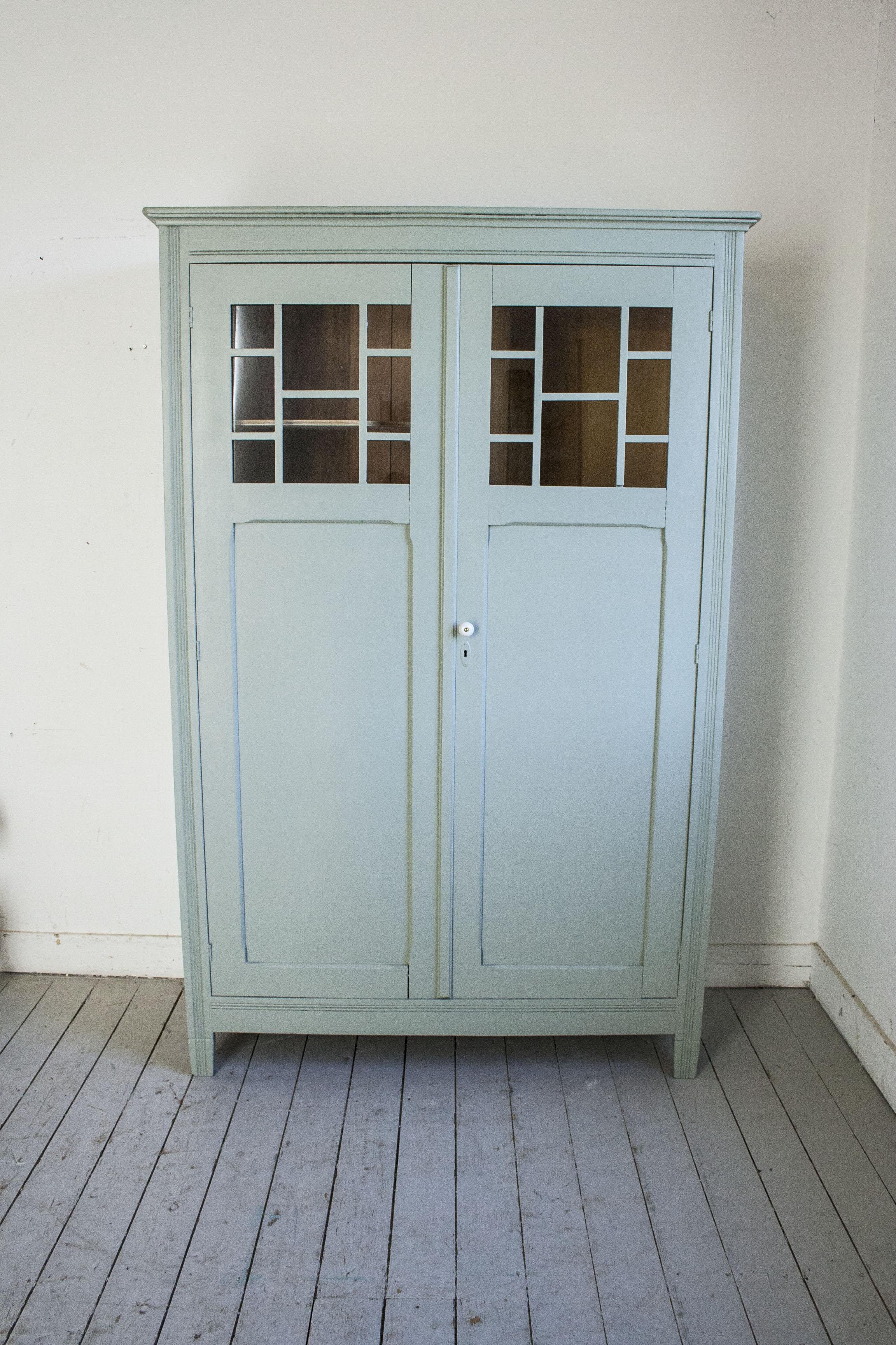 Grijsgroene kledingkast met ruitjes - Firma Zoethout_7.jpg