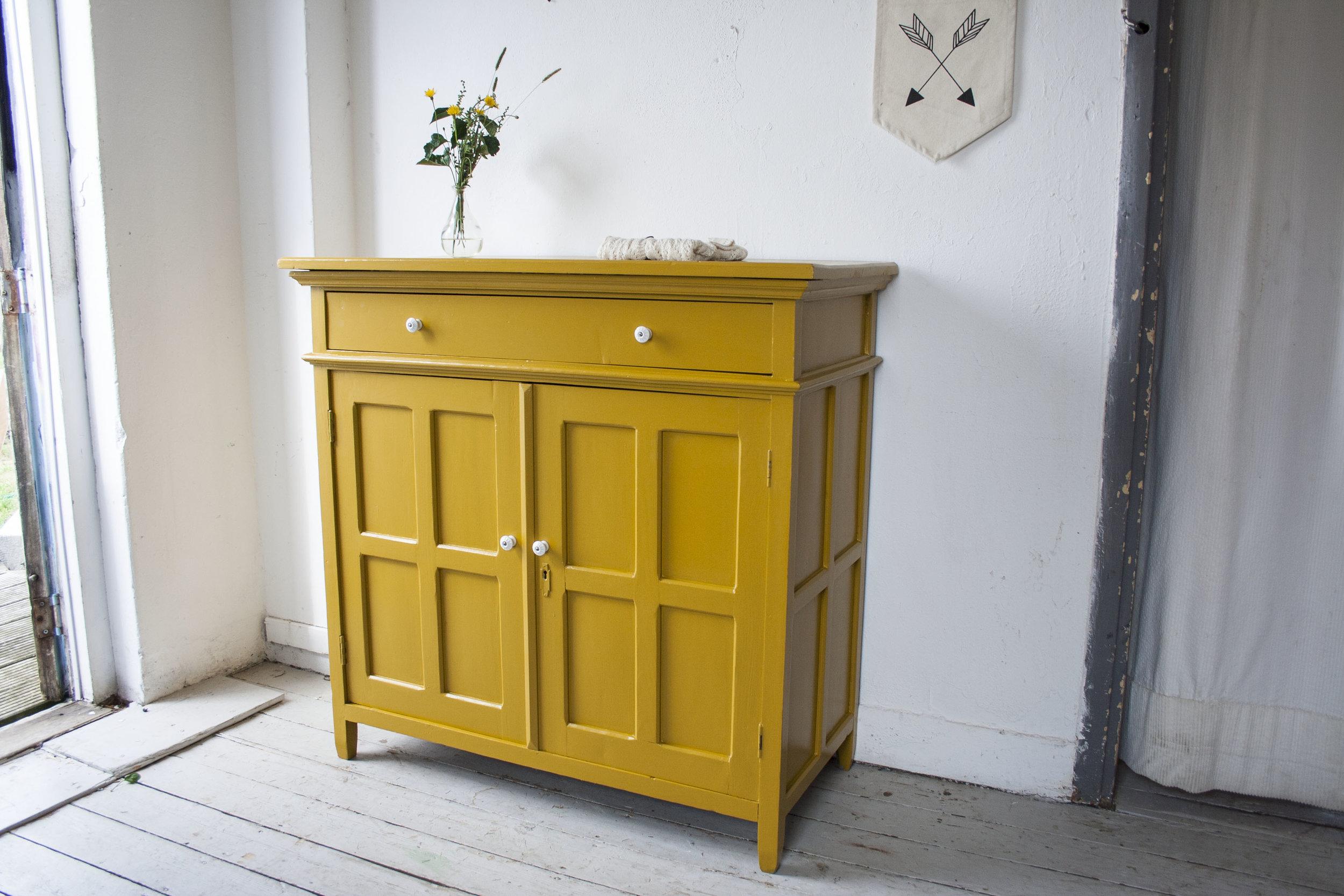 Gele vintage commode - Firma Zoethout.jpg