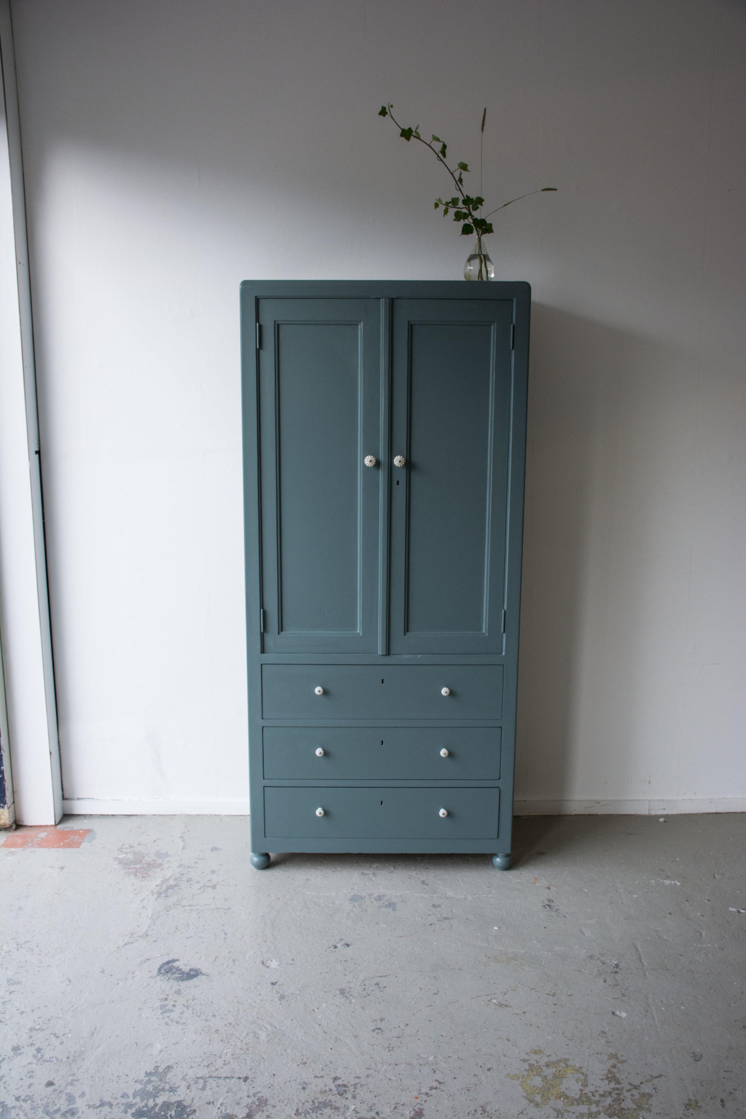 Inchyra kledingkast met 3 laden - Firma Zoethout_4.jpg