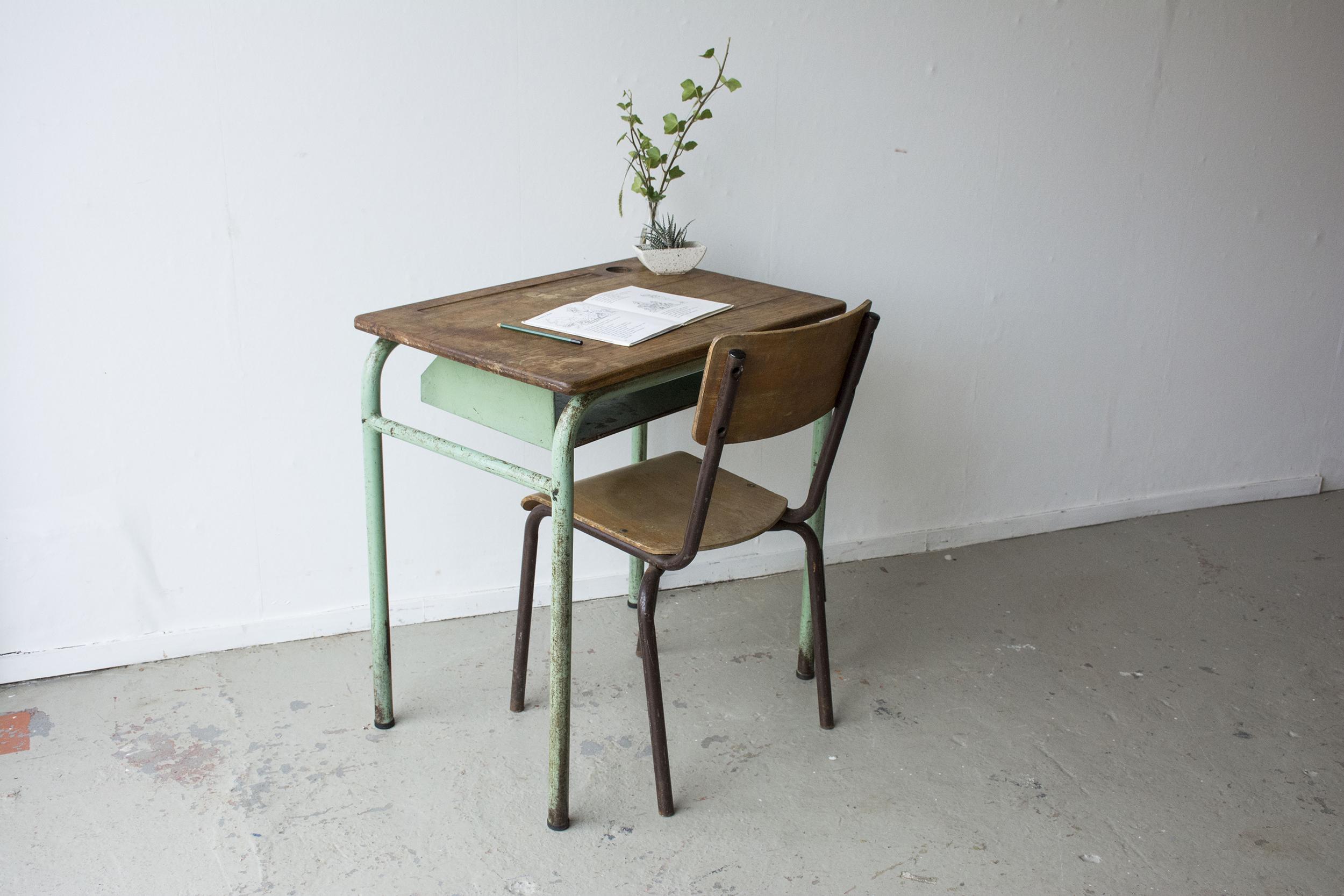 1persoons vintage schooltafeltje - Firma Zoethout.jpg