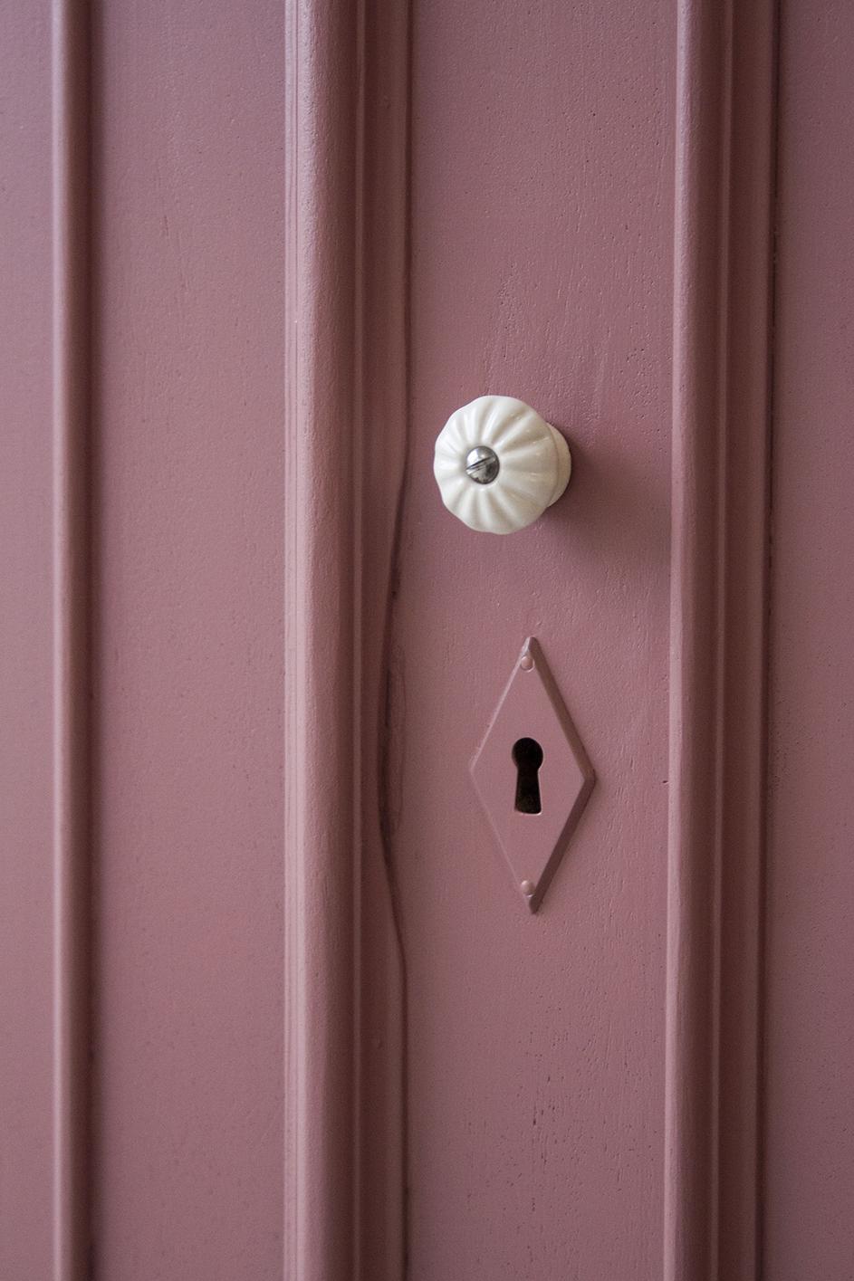 Vintage roze meidenkast - Firmazoethout_2.jpg