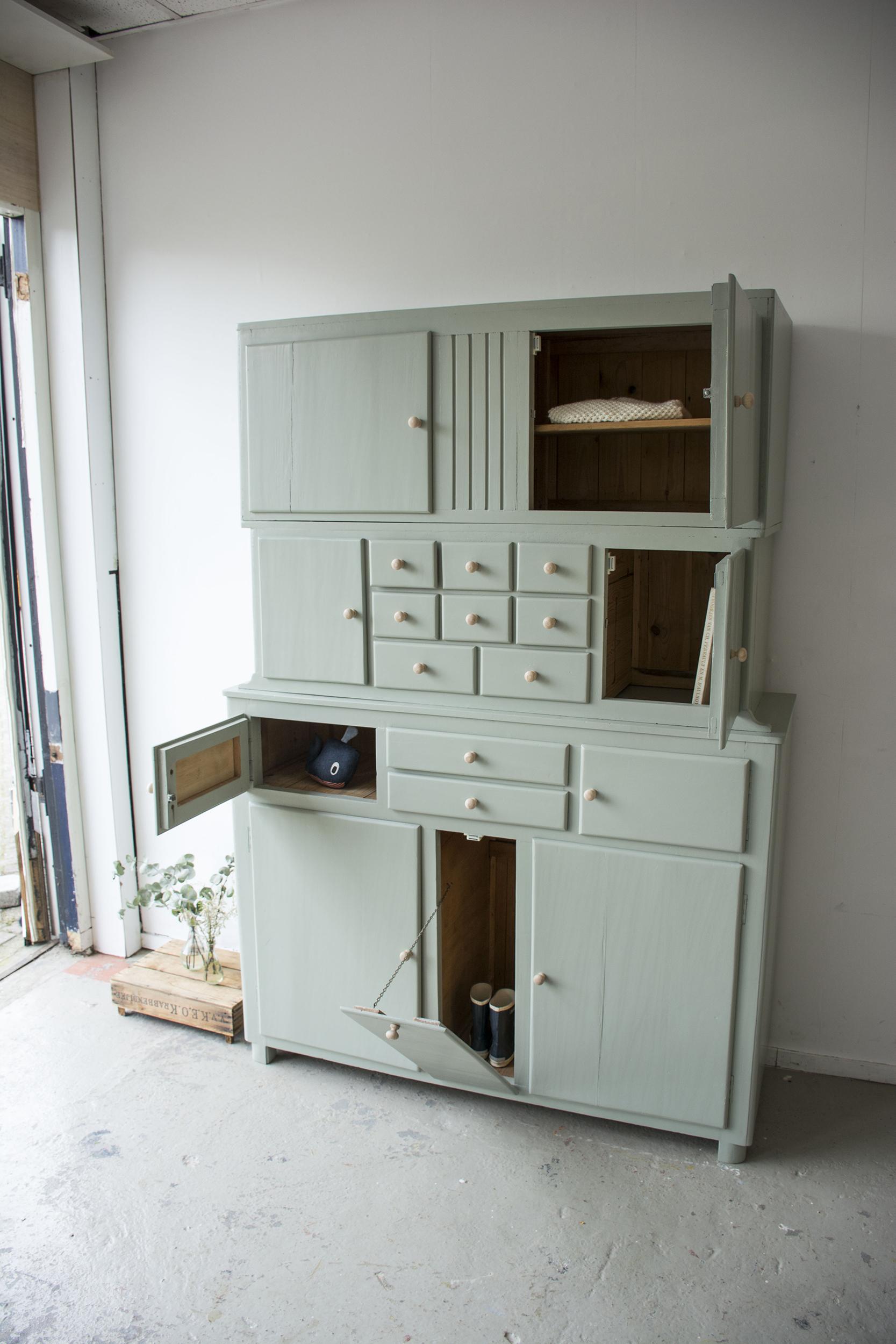 _Grijsgroene driedelige keukenkast - Firma zoethout_4.jpg