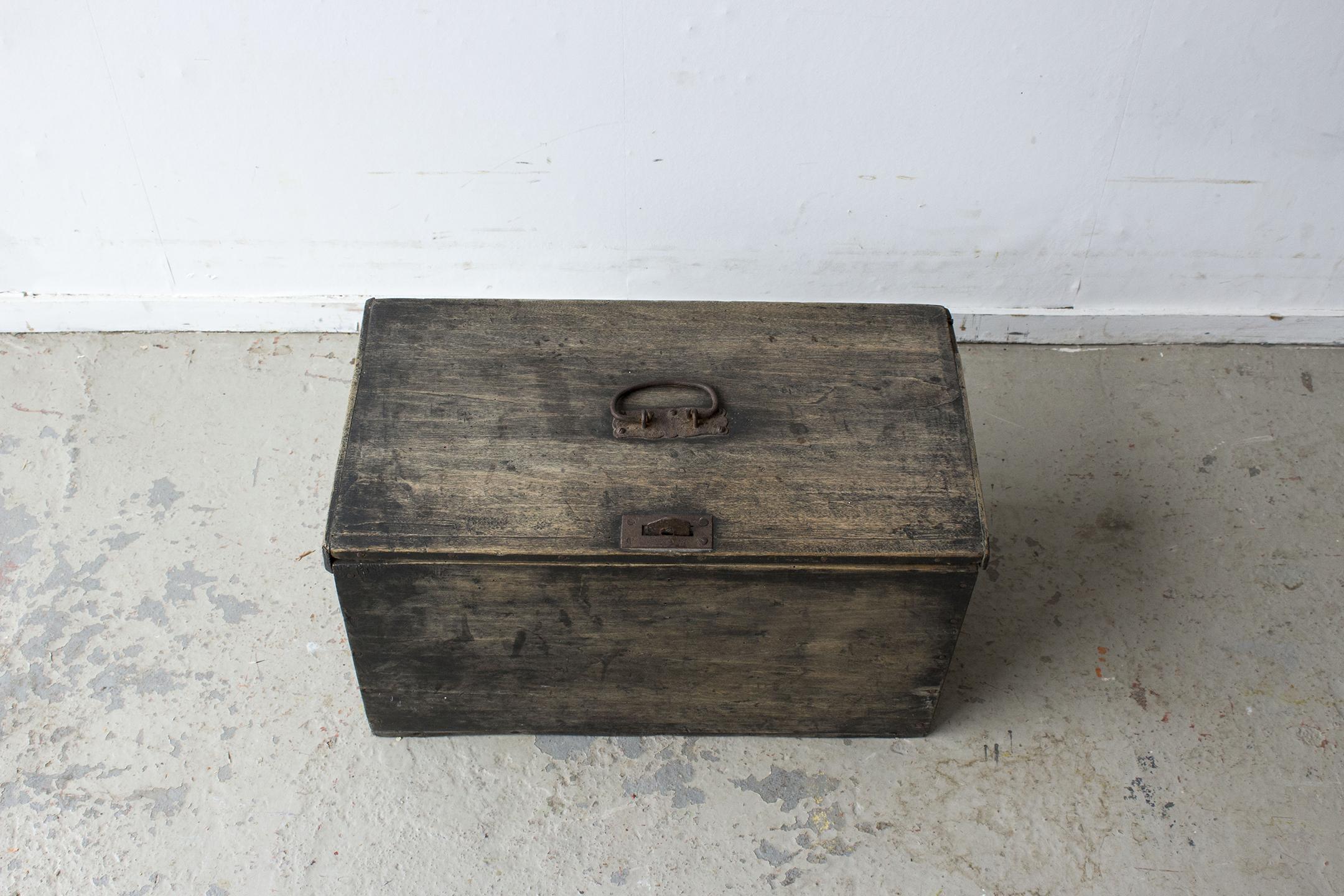 zwart vintage kistje -  Firma zoethout_3.jpg