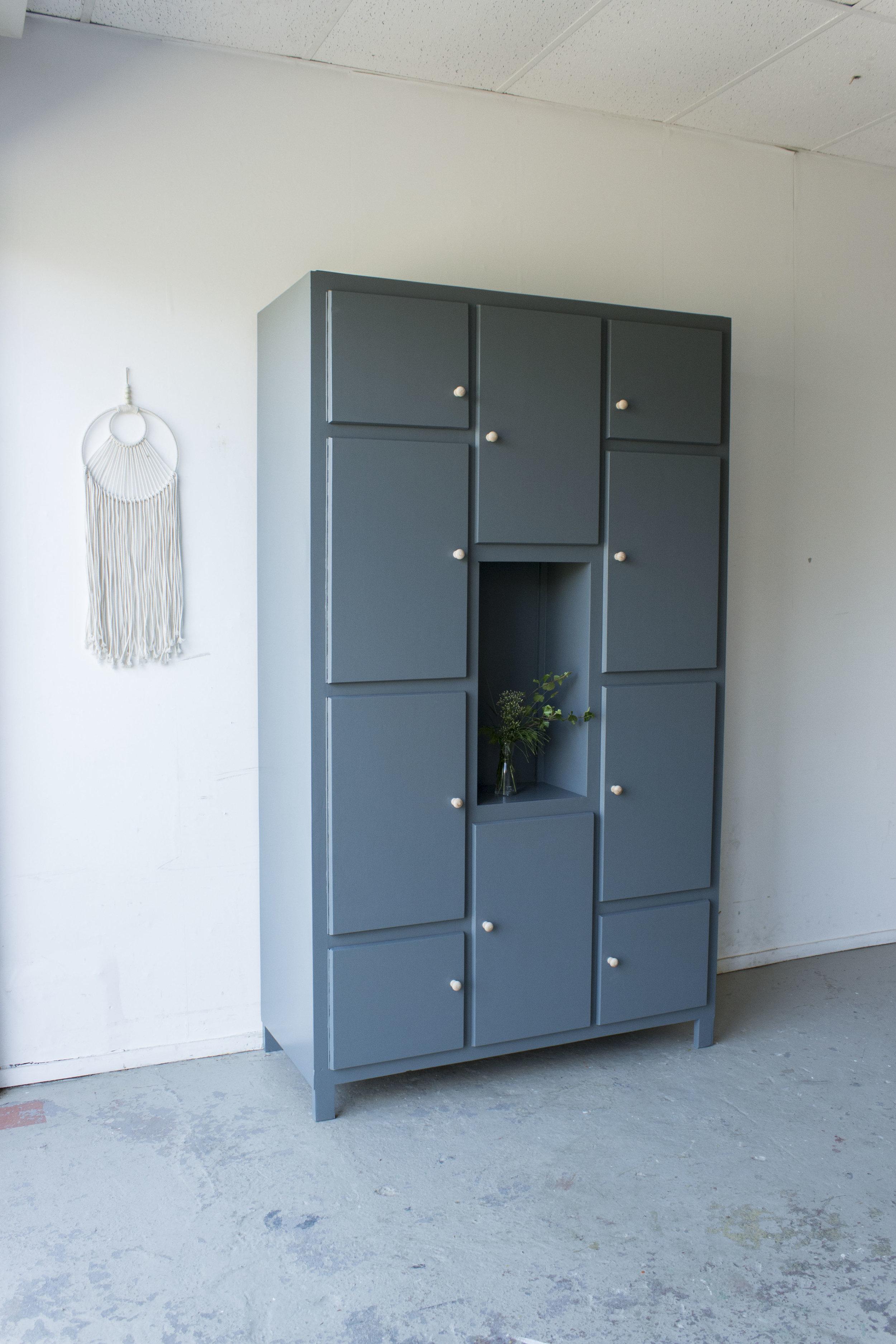 Grote kiezelkast met deurtjes -  Firma zoethout_6.jpg