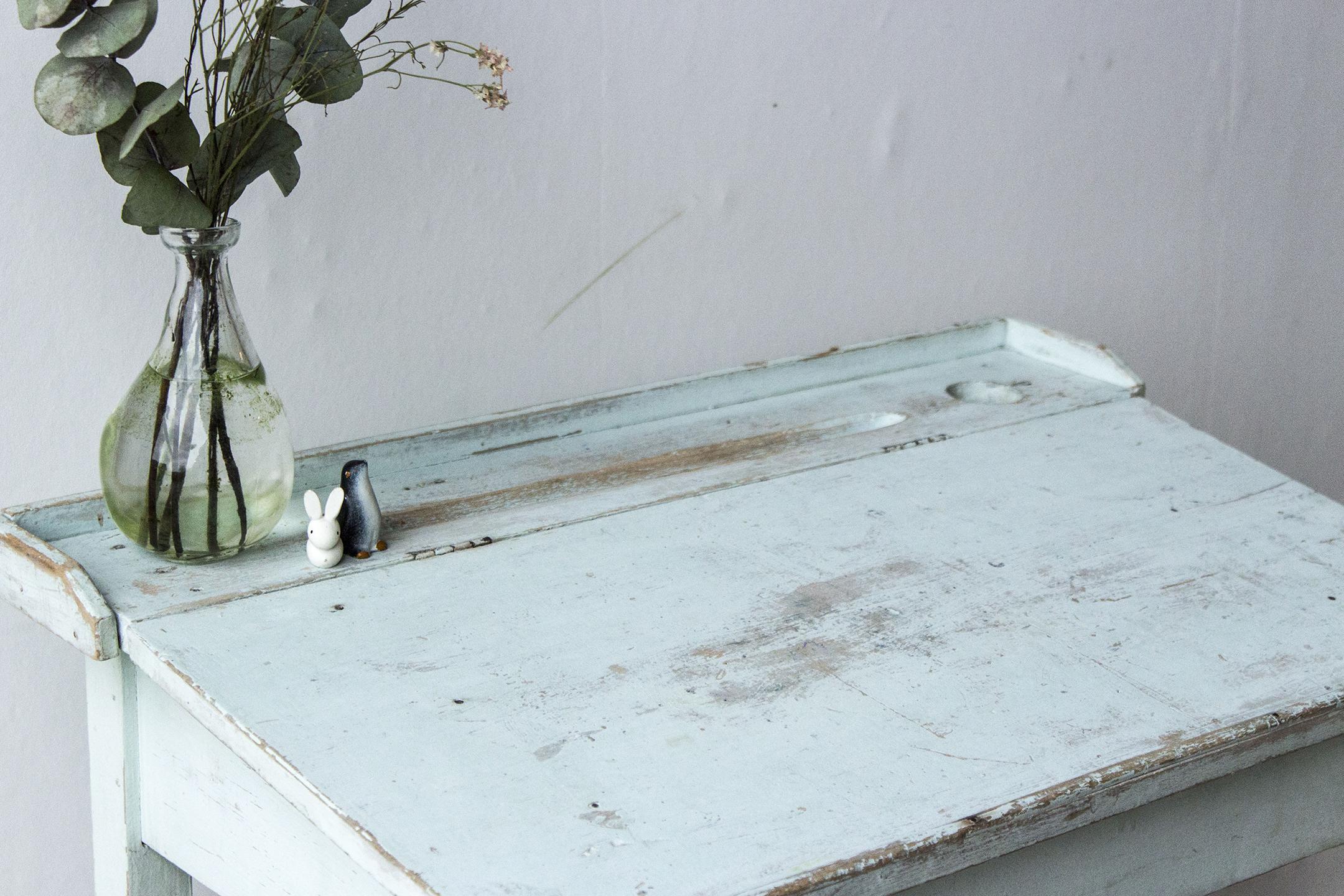 3162 - Lichtblauw vintage kleutertafeltje - Firma zoethout_4.jpg