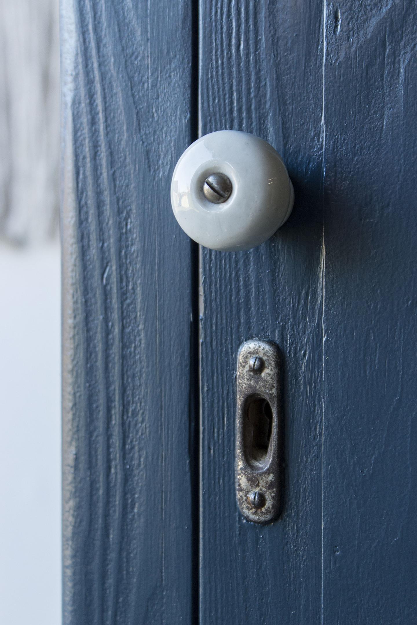 1420 - donkerblauwe vintage kledingkast - Firma zoethout_2.jpg