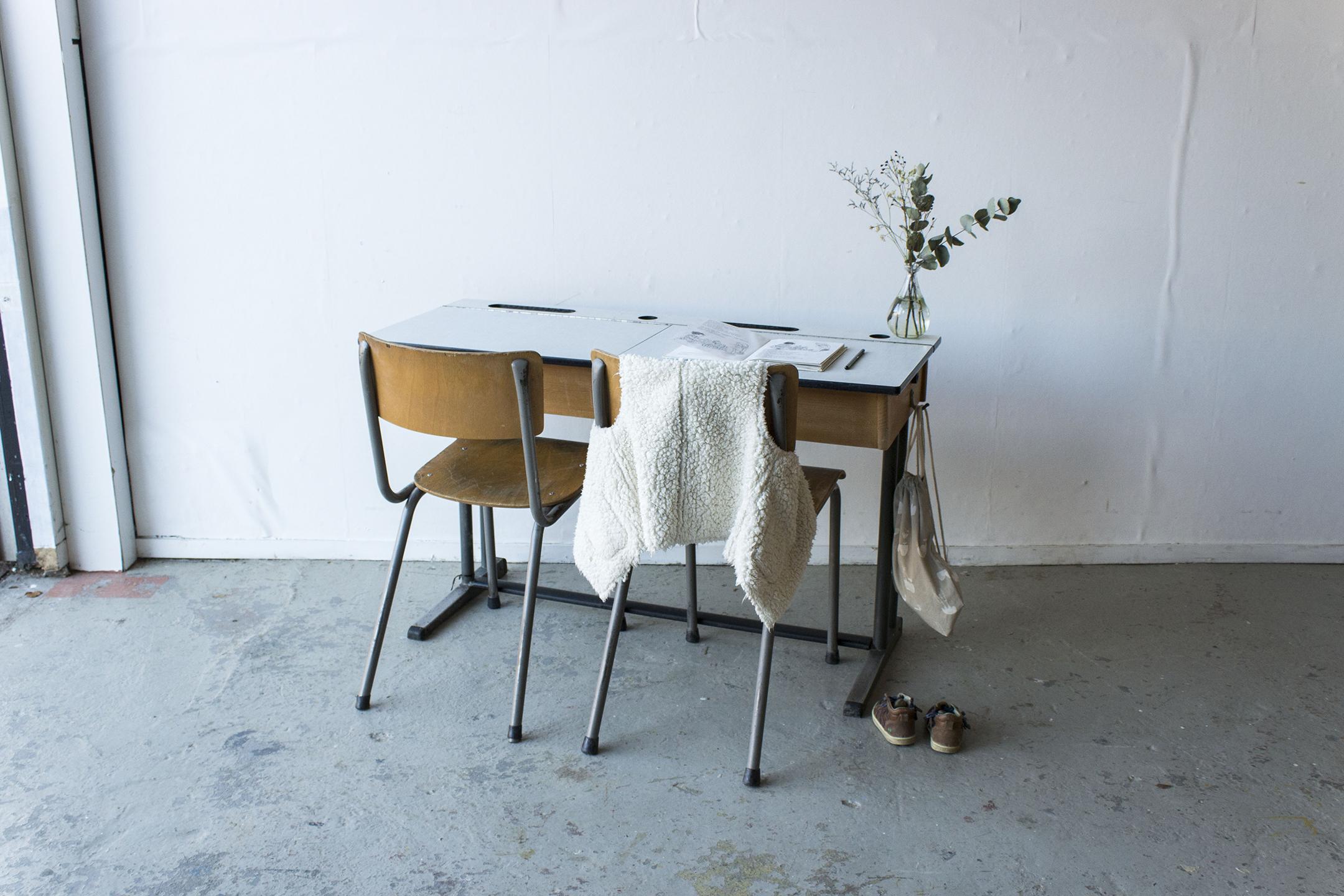 3163 - vintgate schooltafel met kleppen - Firma zoethout.jpg