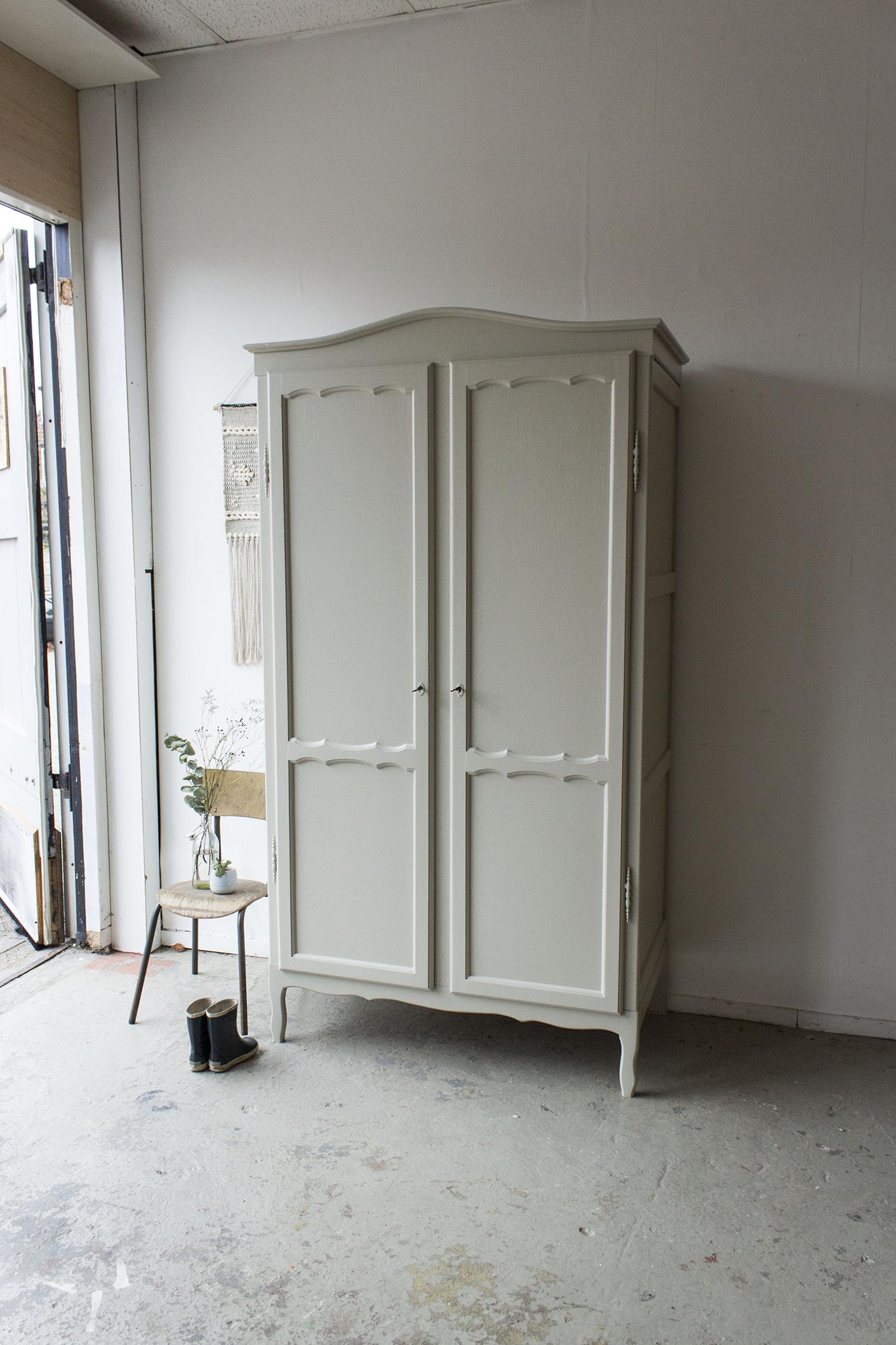 1406- demontabele sierlijke vintage kast in Linnen kleur - Firma zoethout_2.jpg