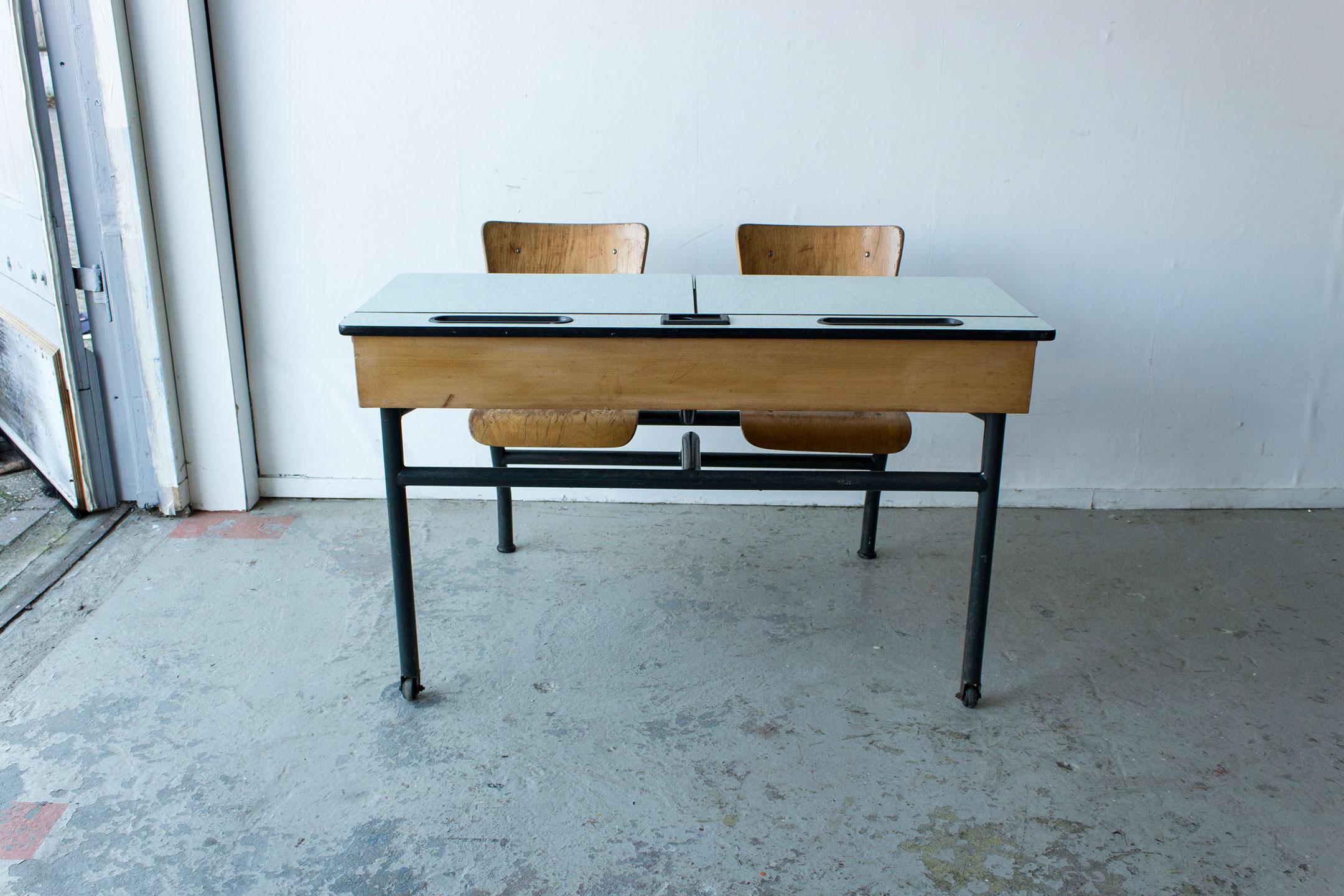 3165---vintage-schoolbank-met-formica-blad---Firma-zoethout_5.jpg