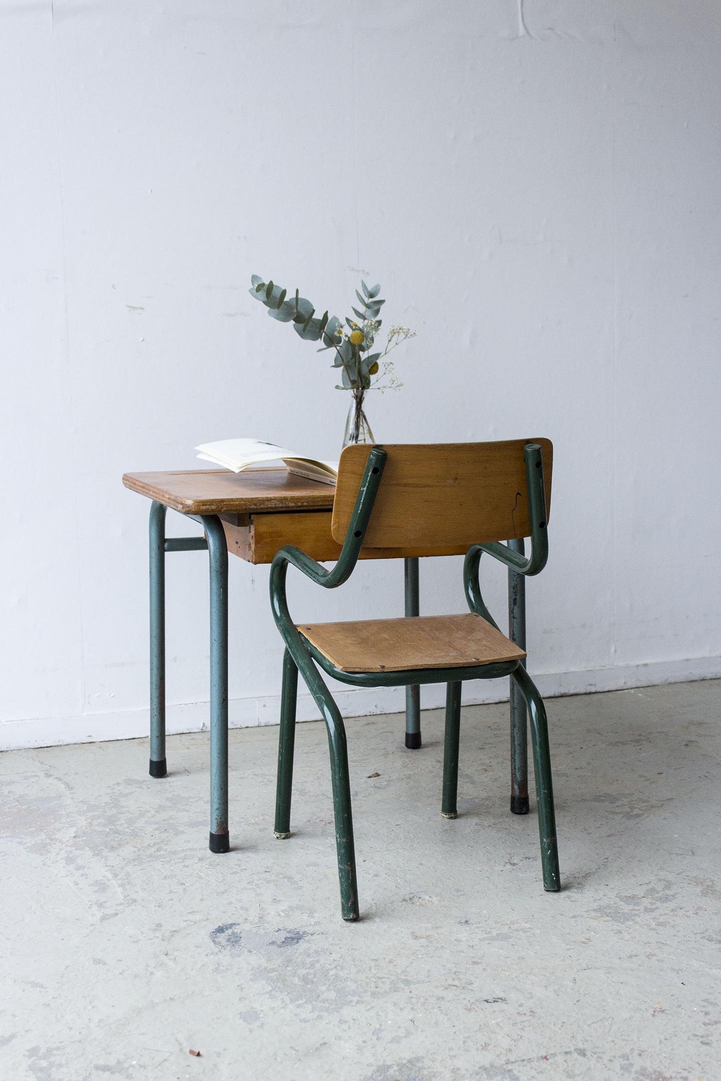 3166 - vintage kleutertafeltje met stoeltje - Firma zoethout_2.jpg
