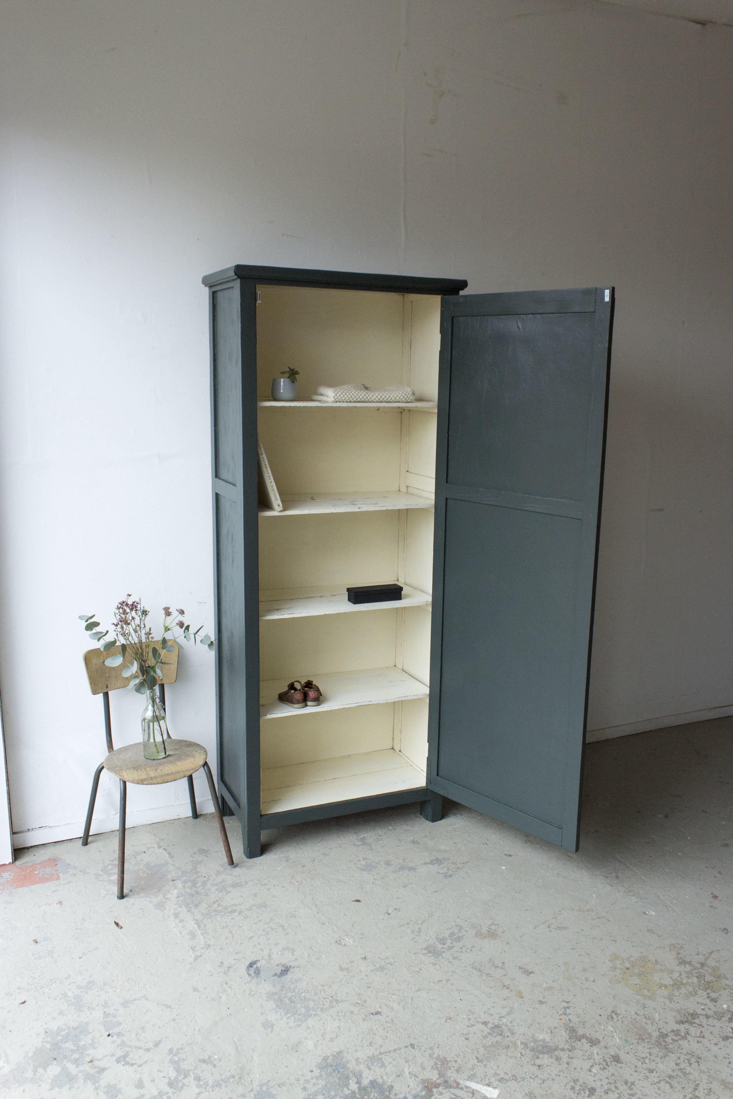 1457 - woudgroene vintage kledingkast - Firma zoethout_3.jpg