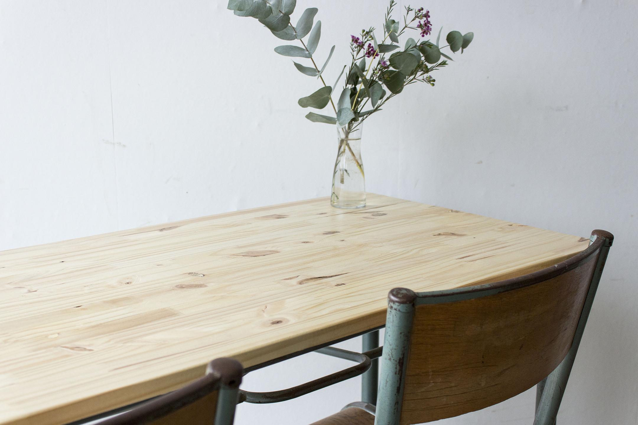 3177 - 2p schooltafel met blank houten blad - Firma zoethout_1.jpg