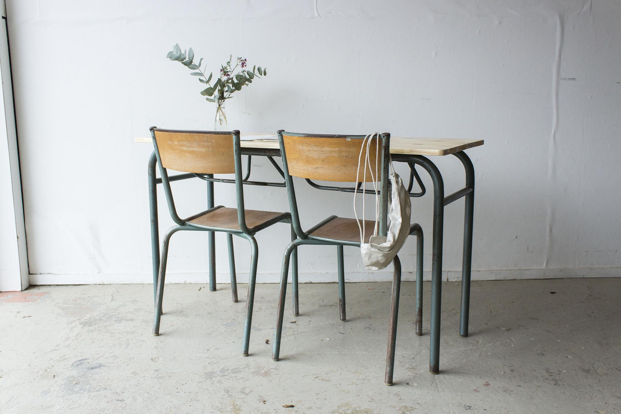 3177 - 2p schooltafel met blank houten blad - Firma zoethout_2.jpg