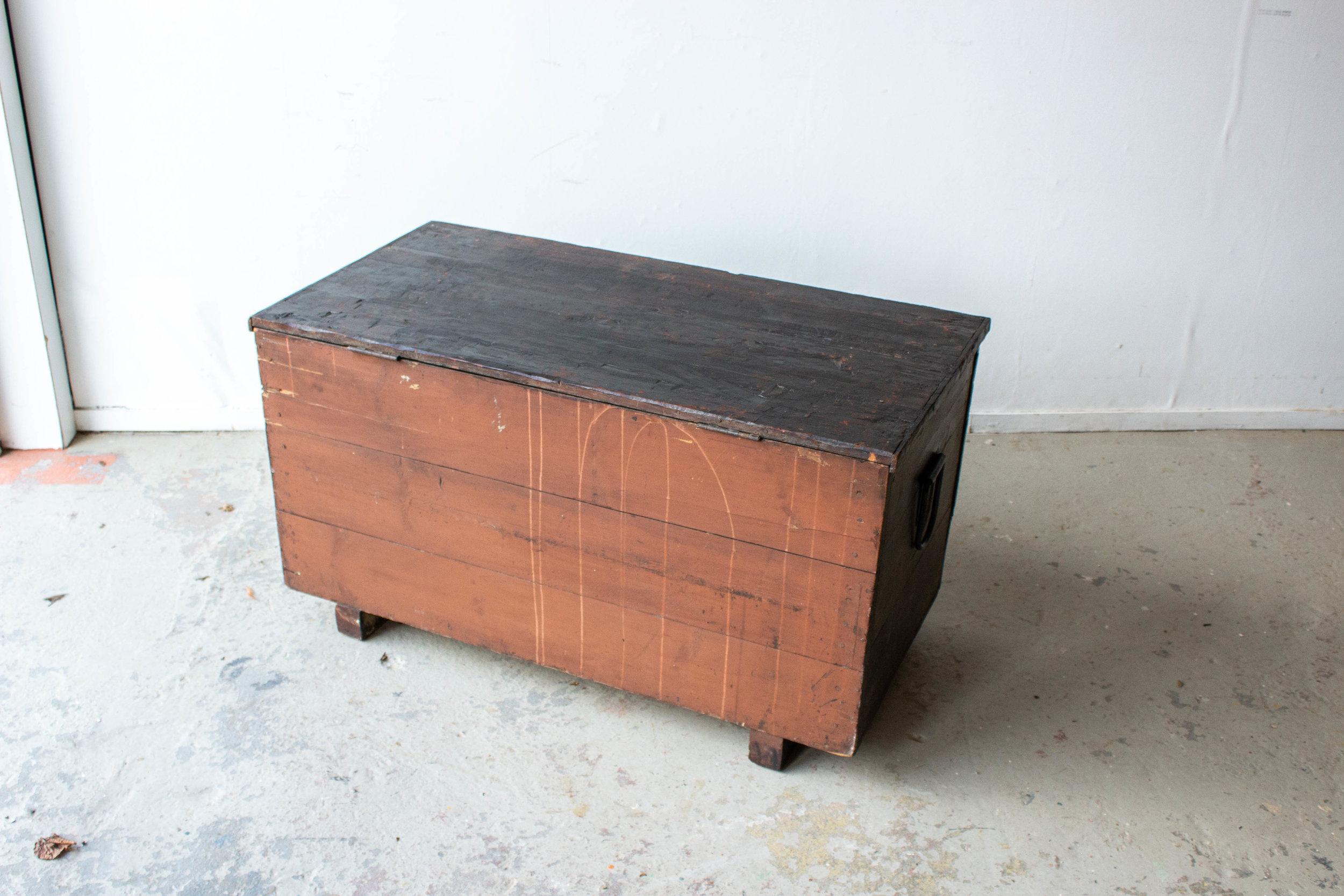 5047 - zwarte vintage kist-7.jpg