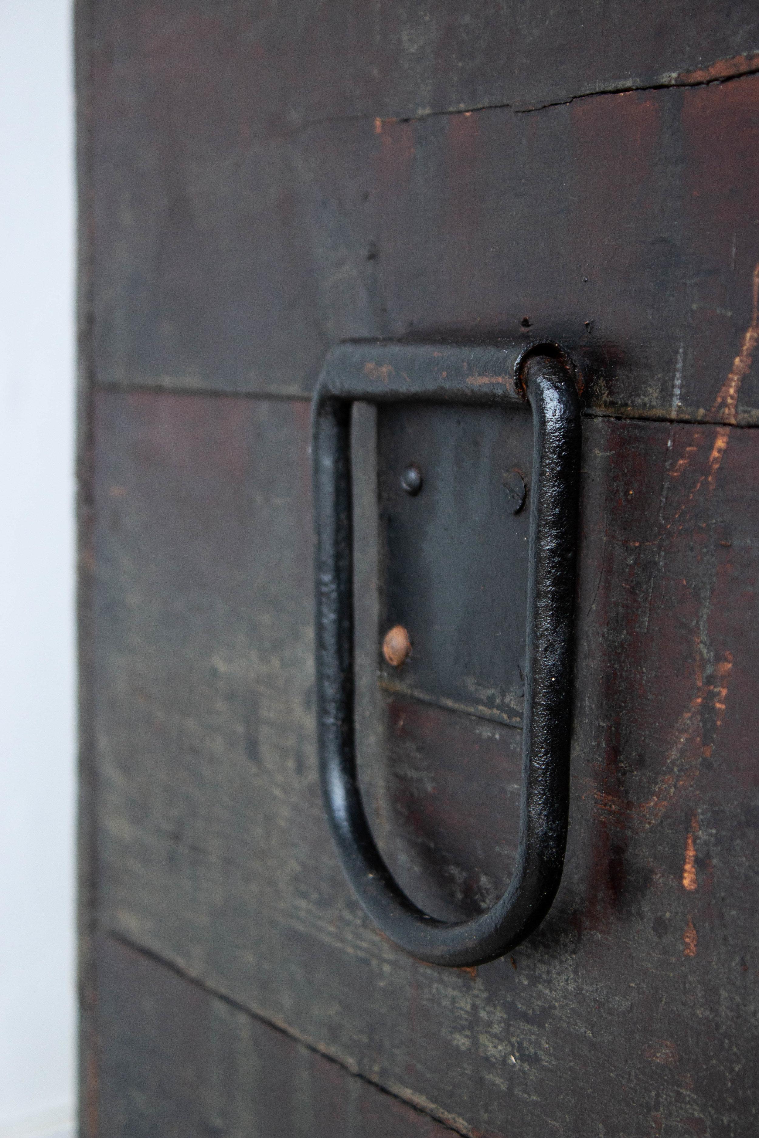 5047 - zwarte vintage kist-5.jpg
