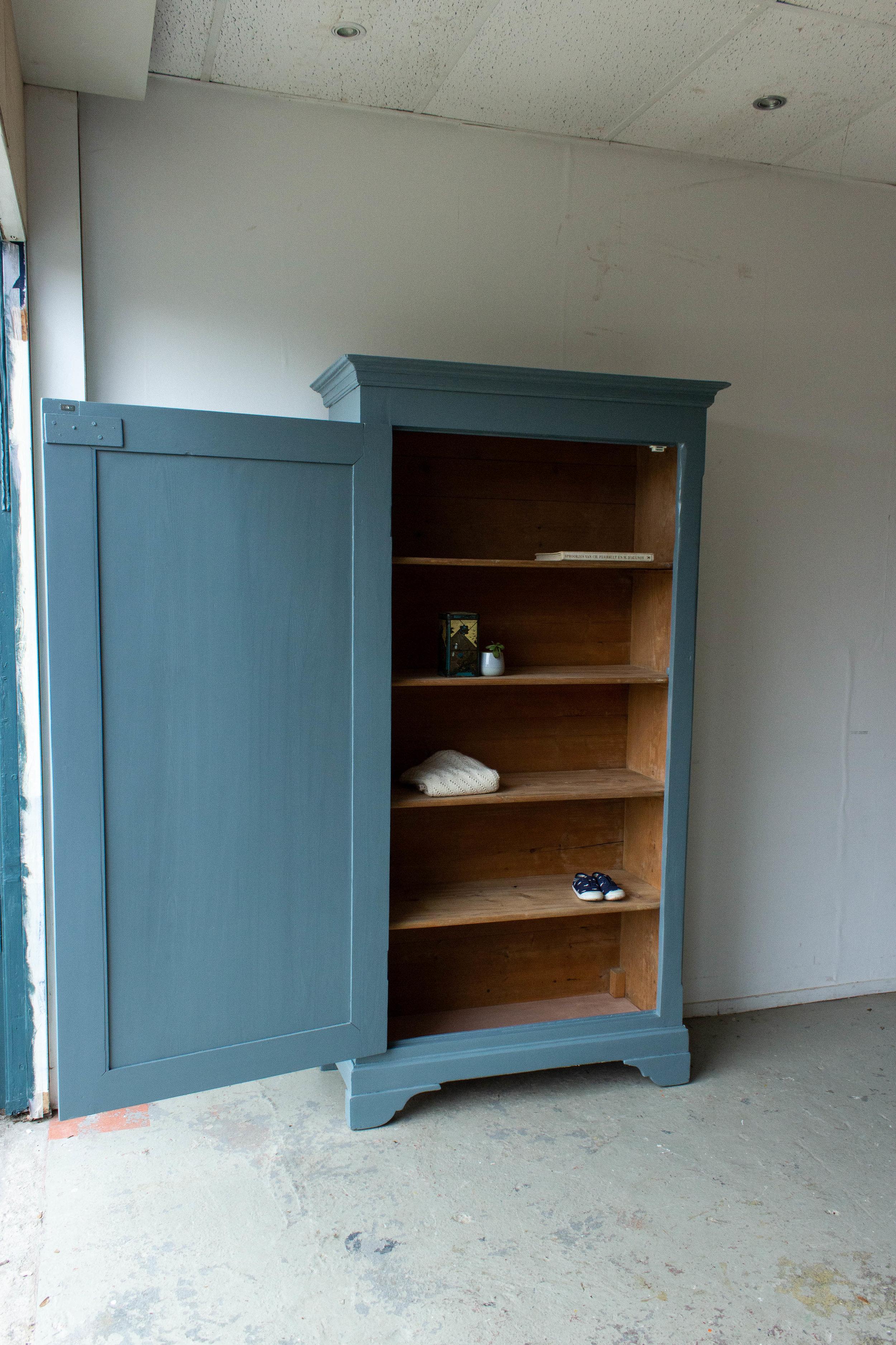 1465 - Grijsblauwe vintage kledingkast-7.jpg