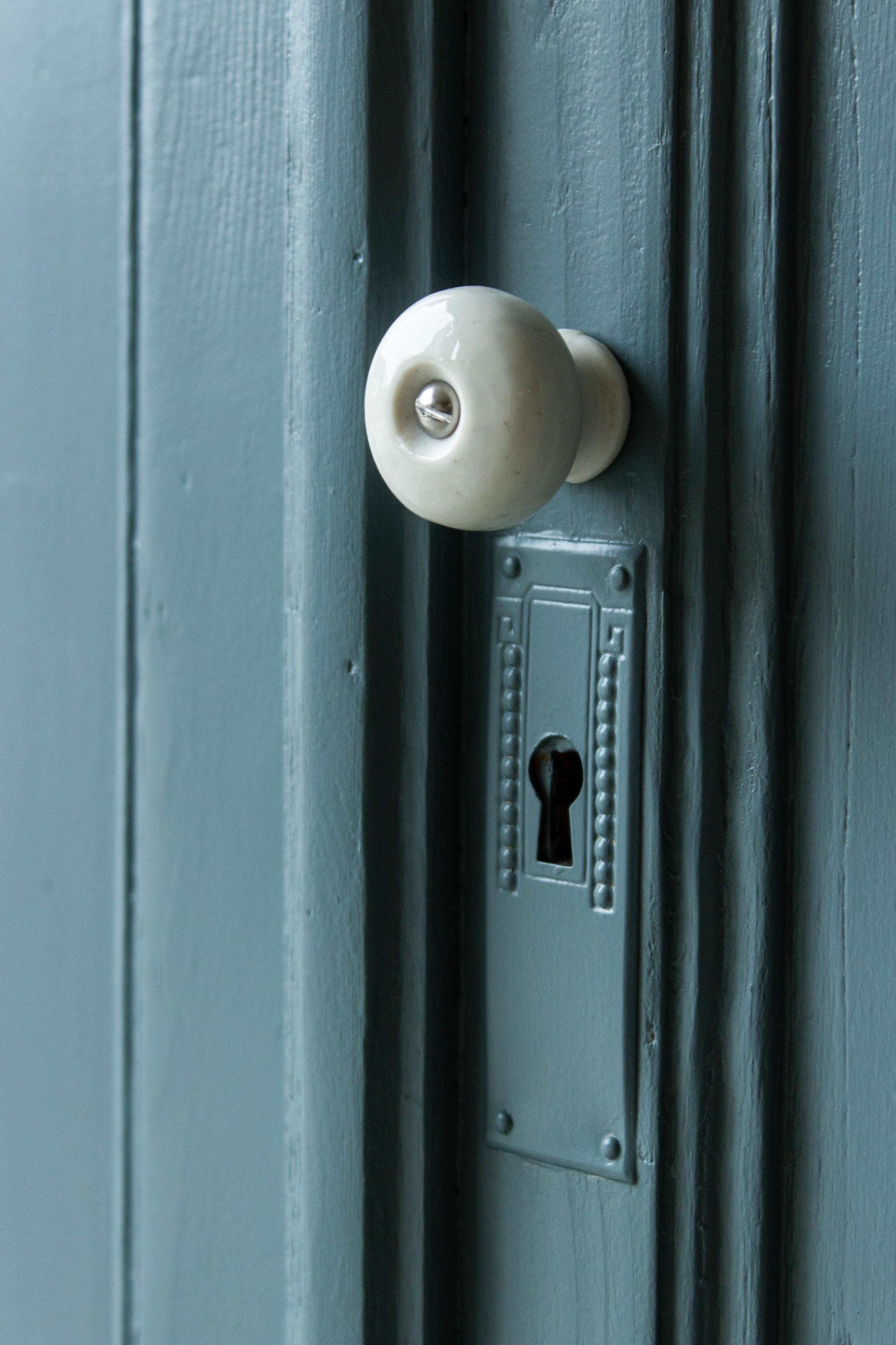 2184 - Grijsblauwe vintage commode-3.jpg