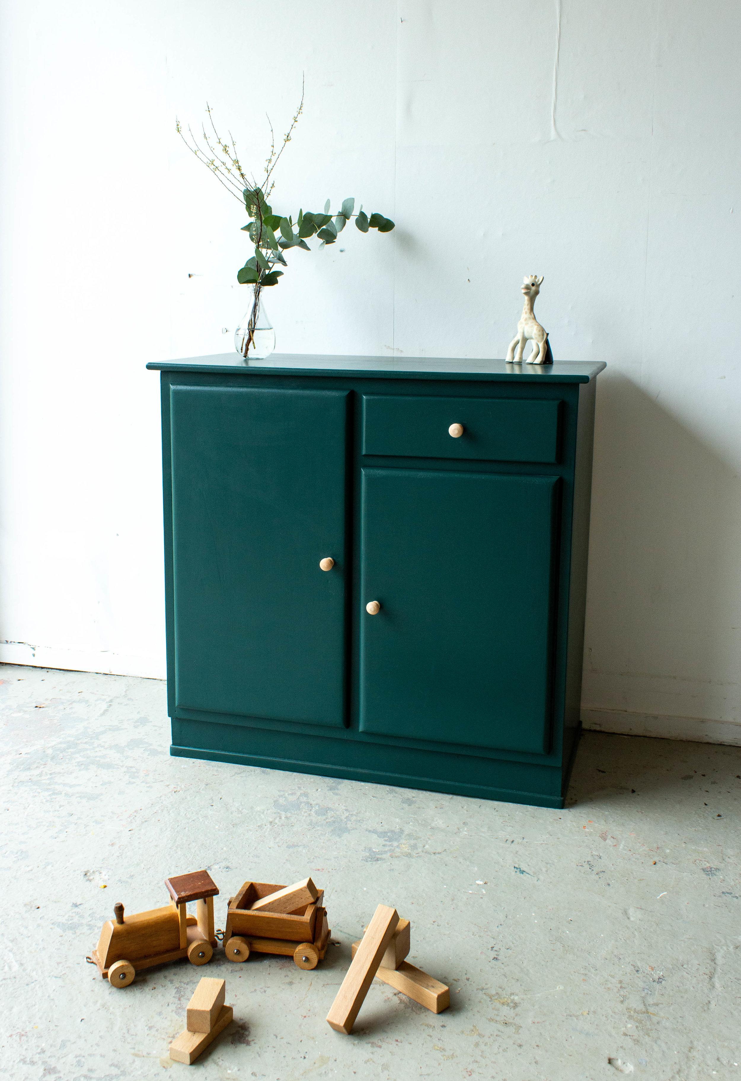 1450 - Groen vintage speelgoedkastje-2.jpg