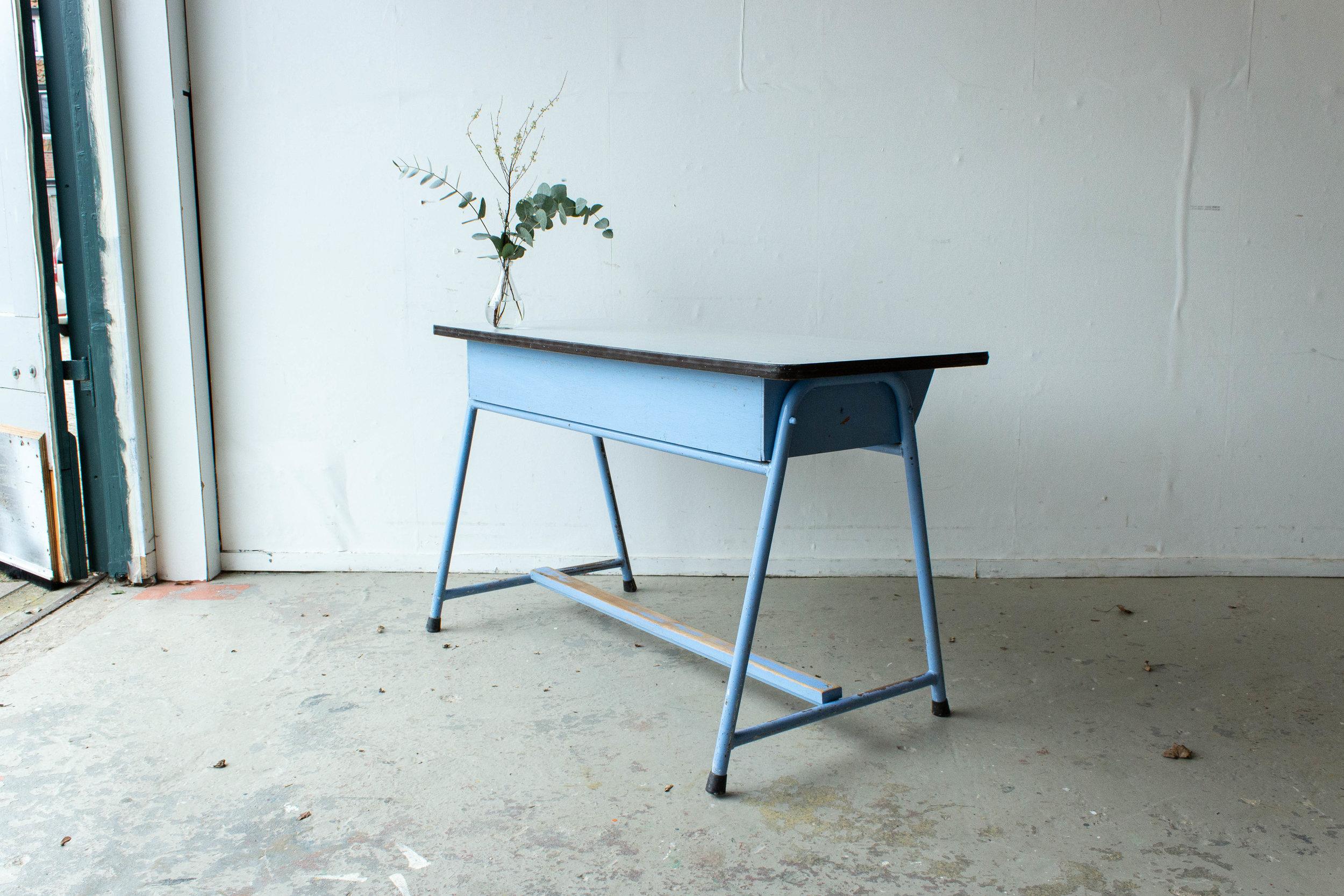 3137-4 - Lavendlblauwe vintage schooltafel-4.jpg