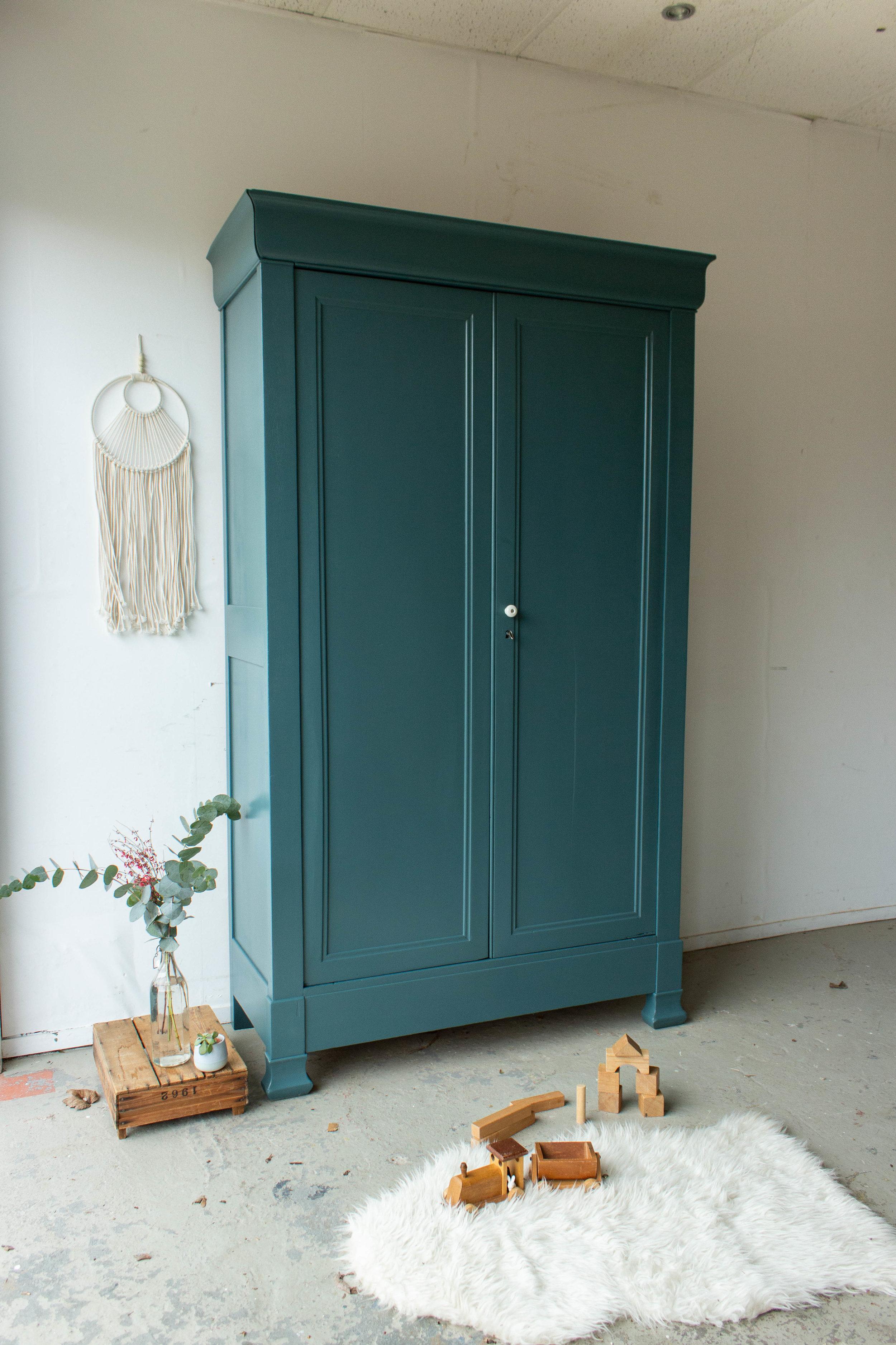 1476 - Donker zeegroene vintage kledingkast-2.jpg